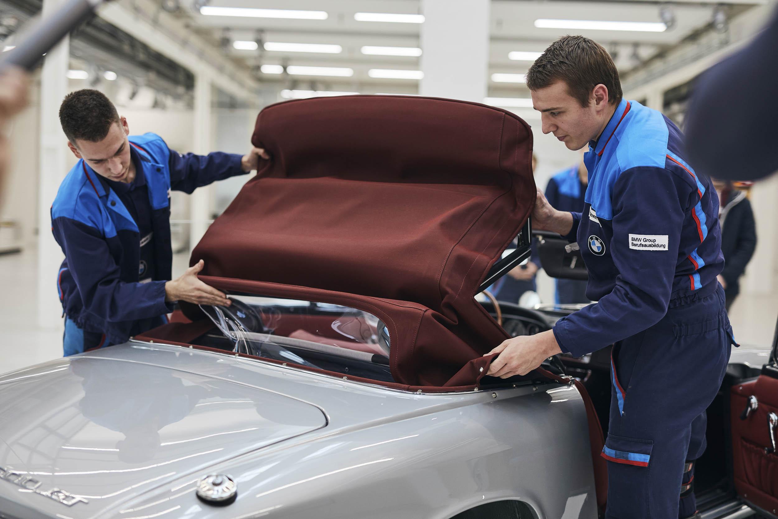 BMW 1600 GT convertible top