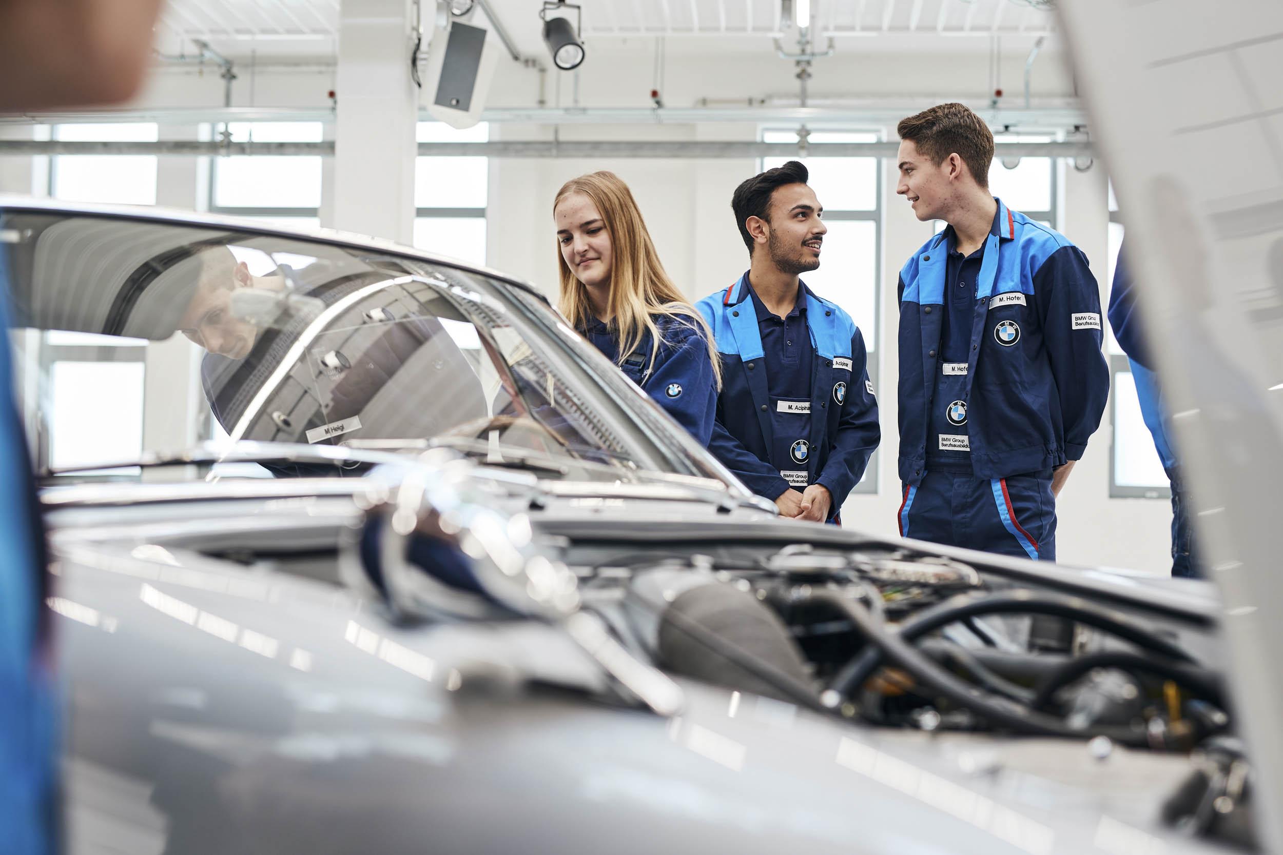 BMW 1600 GT convertible engine bay restoration