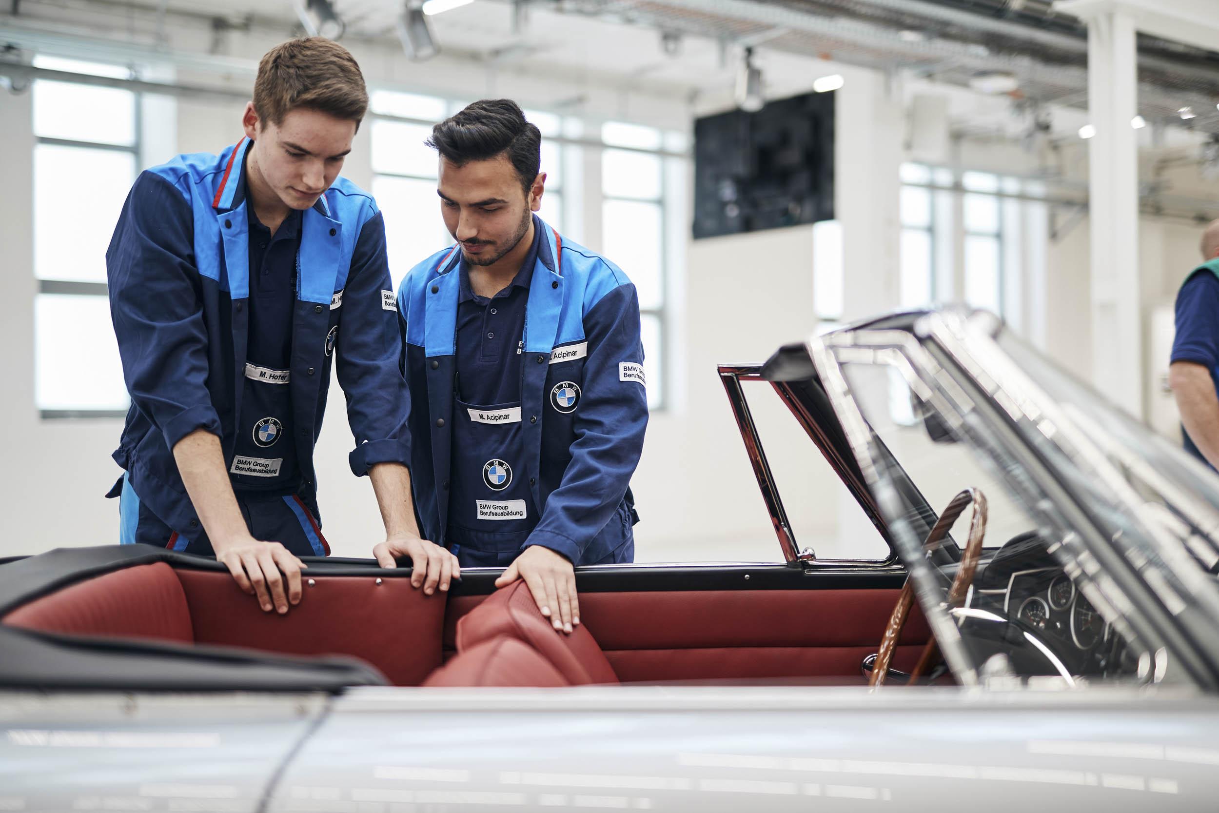 BMW 1600 GT convertible interior restoration