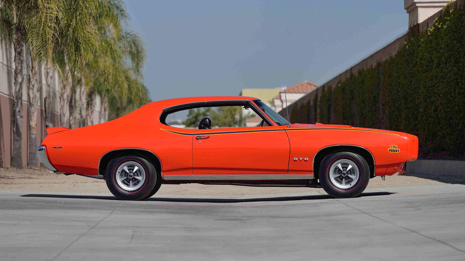 1969 Pontiac GTO Judge side profile