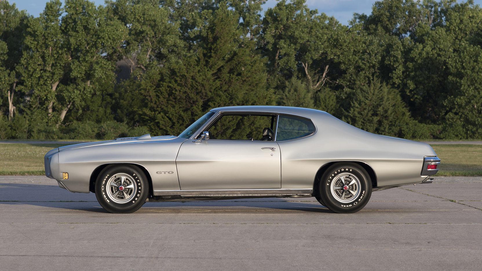 1970 Pontiac GTO Ram Air IV driver profile side