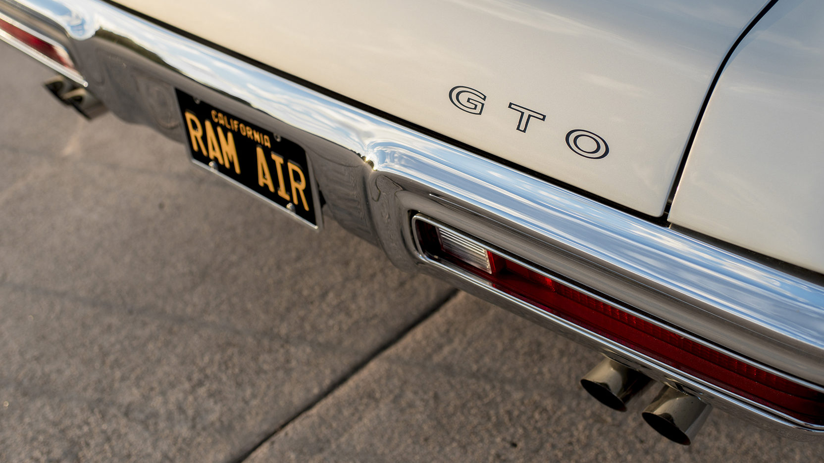 1970 Pontiac GTO Ram Air IV rear bumper detail