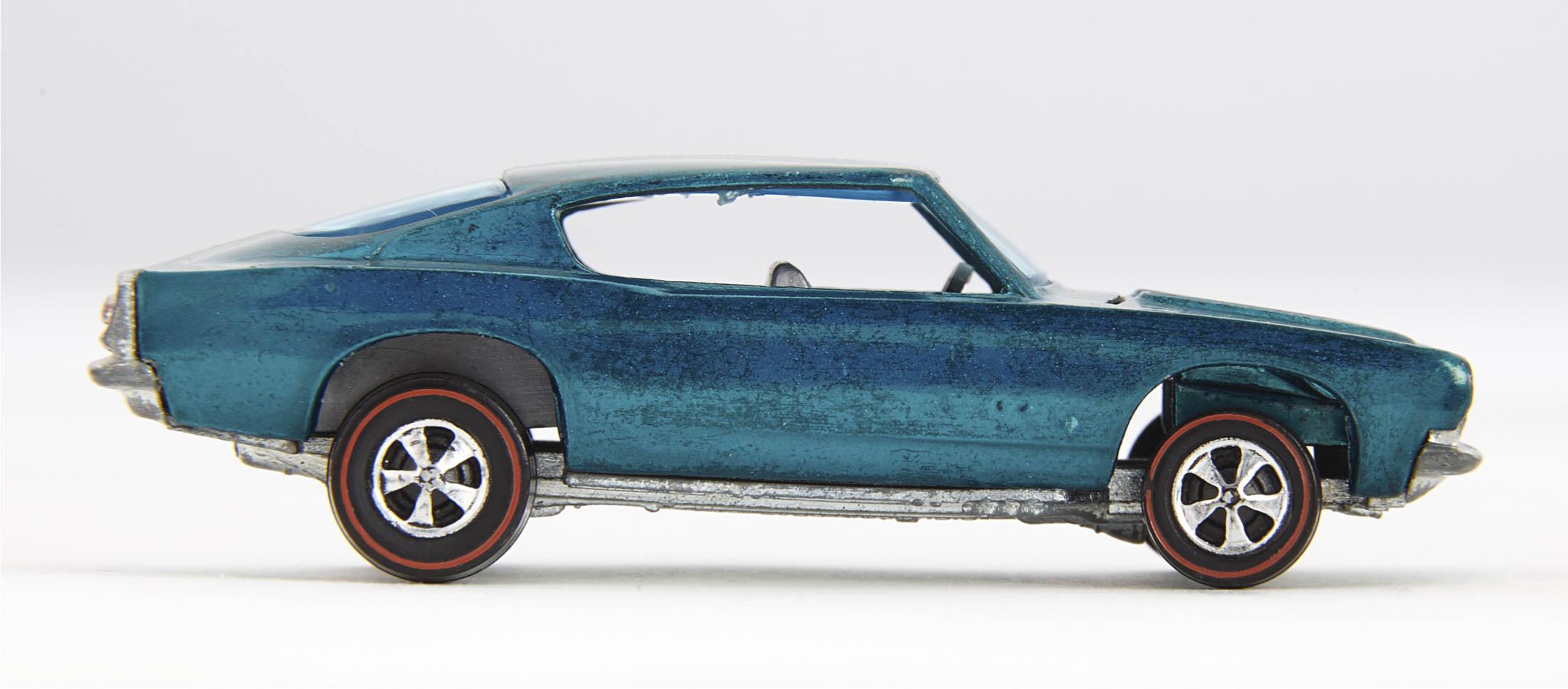 1967 Barracuda side