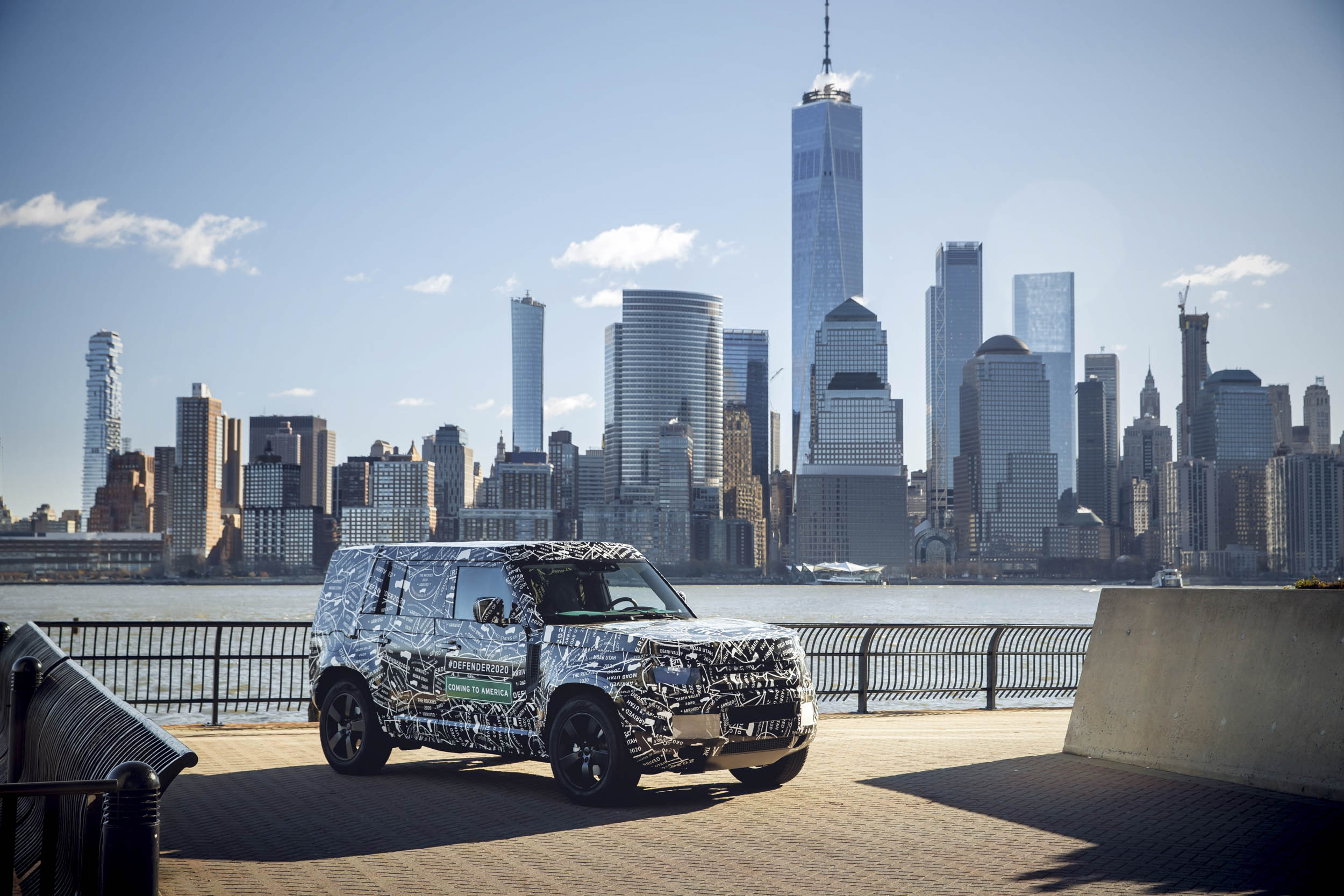 Land Rover Defender with the NYC skyline