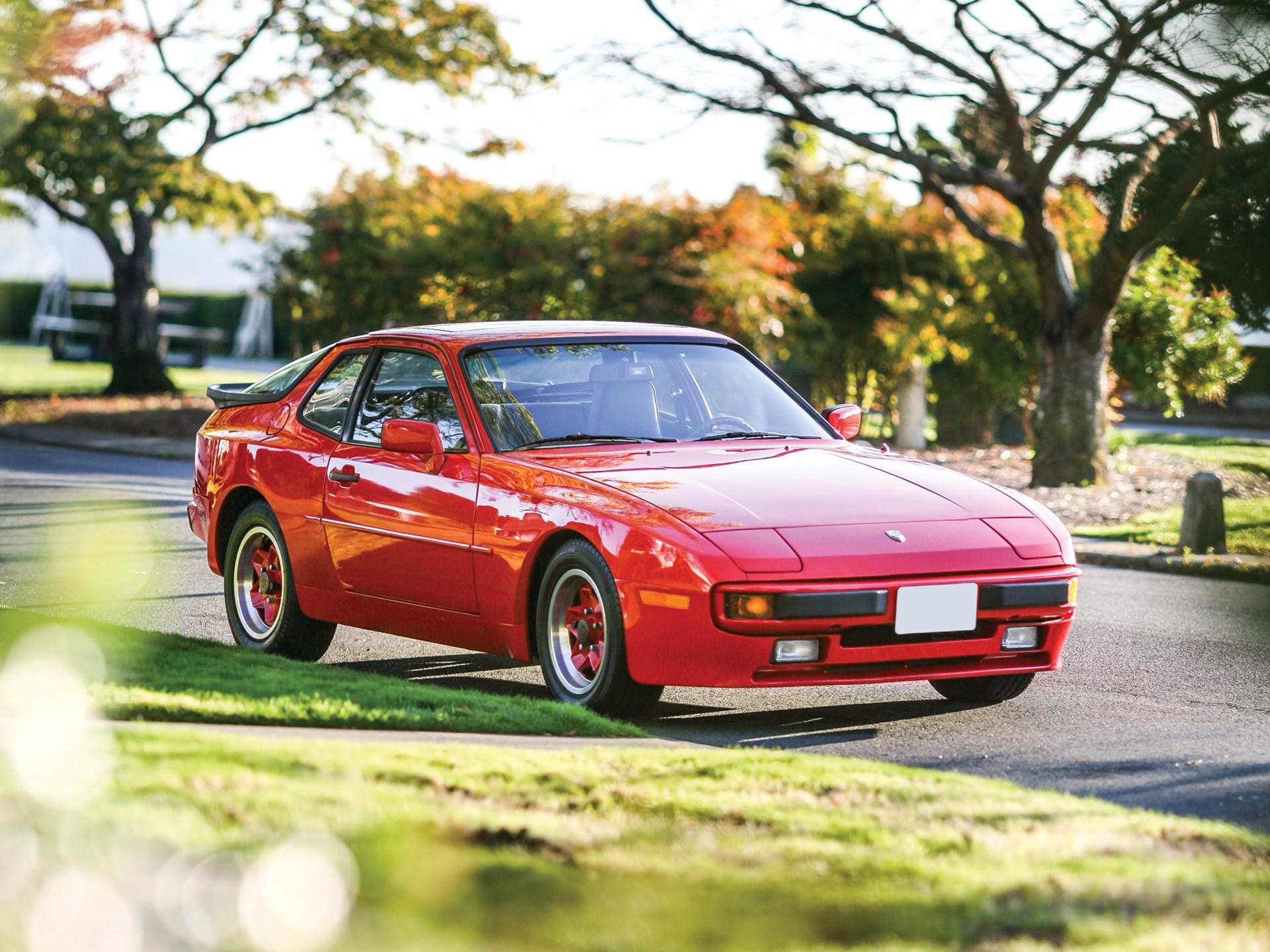 1984 Porsche 944 3/4 front