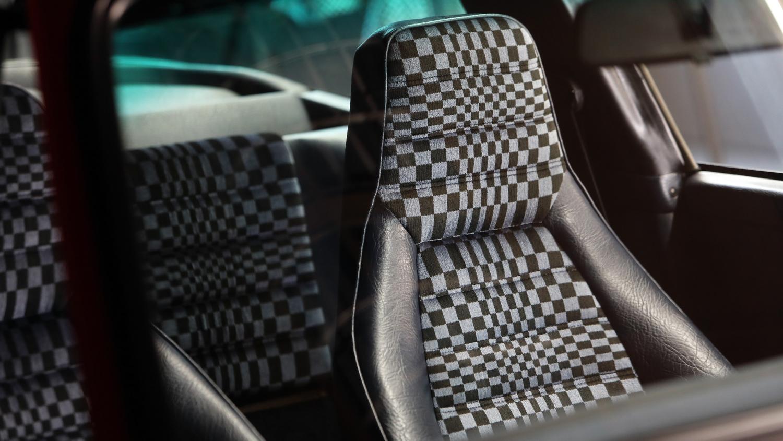 Porsche 911 targa sc seat