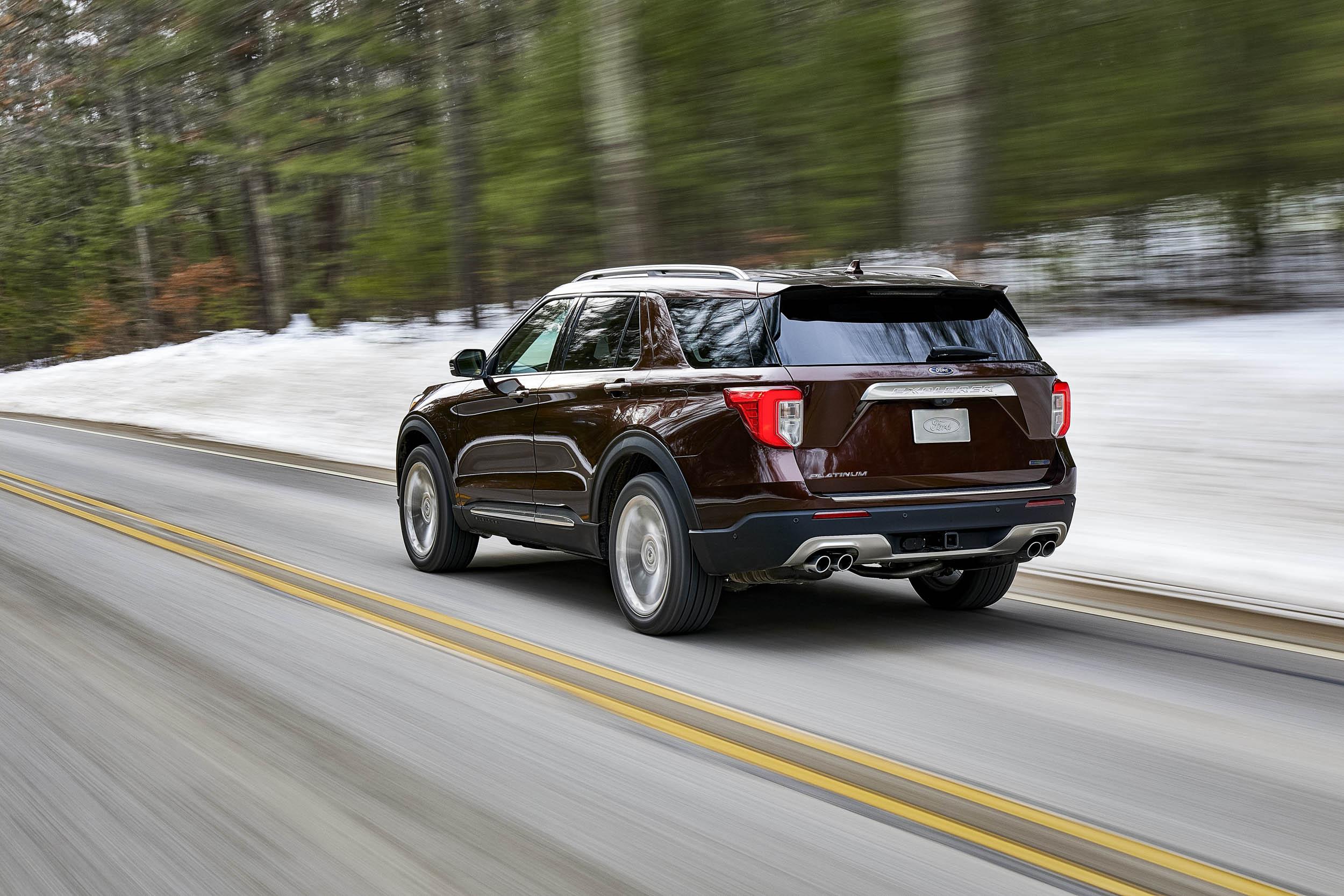 2020 Ford Explorer Platinum rear 3/4