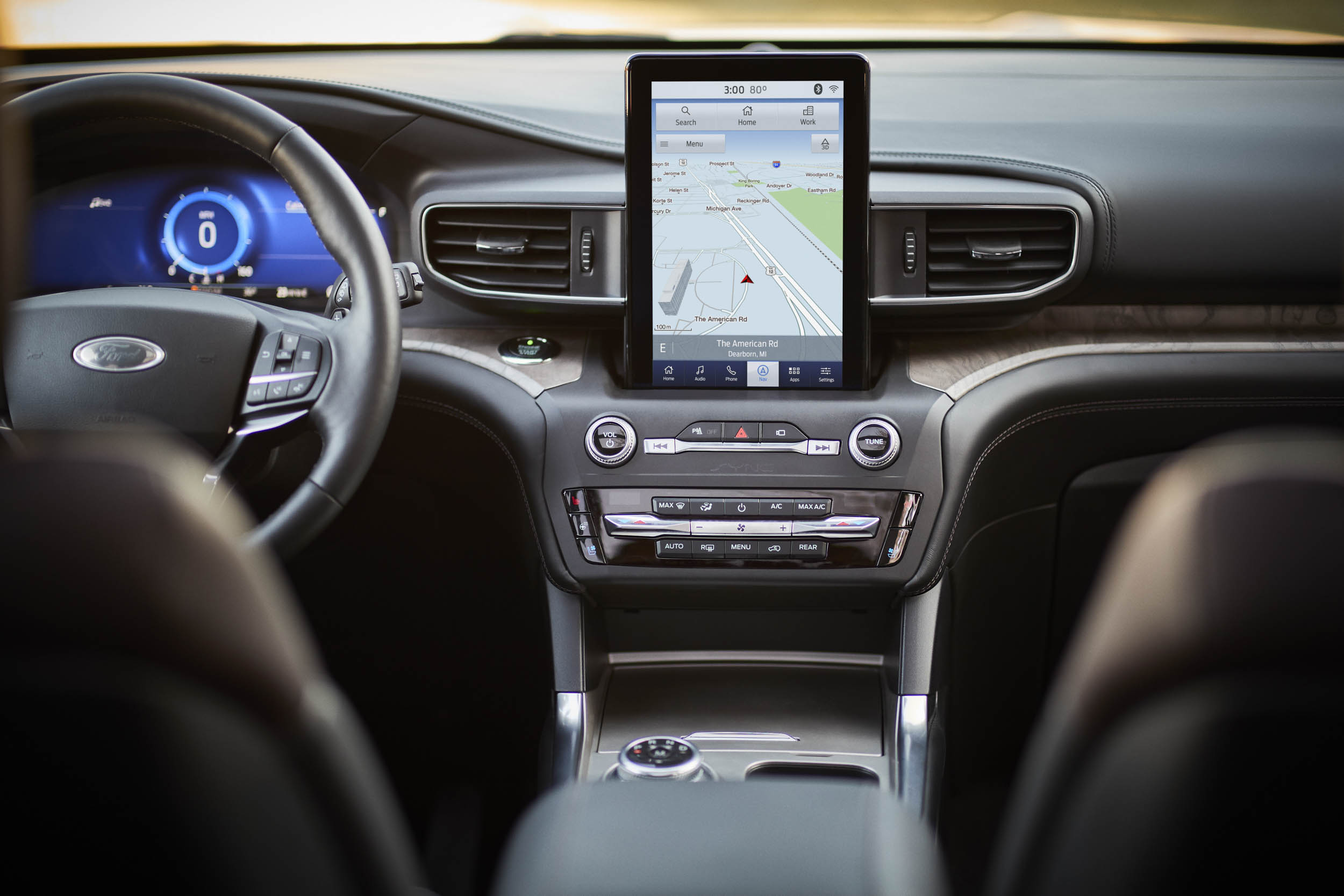 2020 Ford Explorer Platinum entertainment center