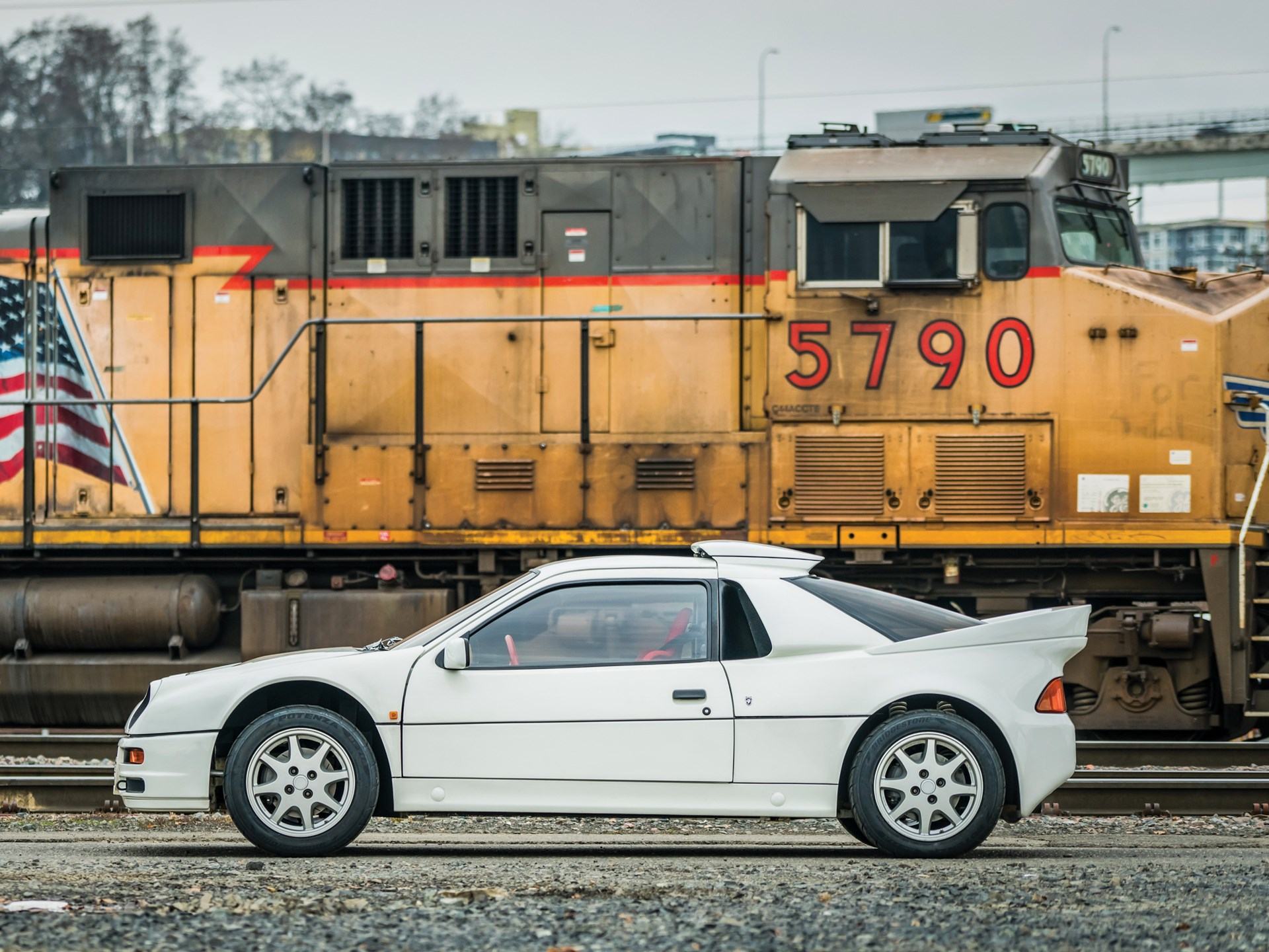 1986 Ford RS200 side view train