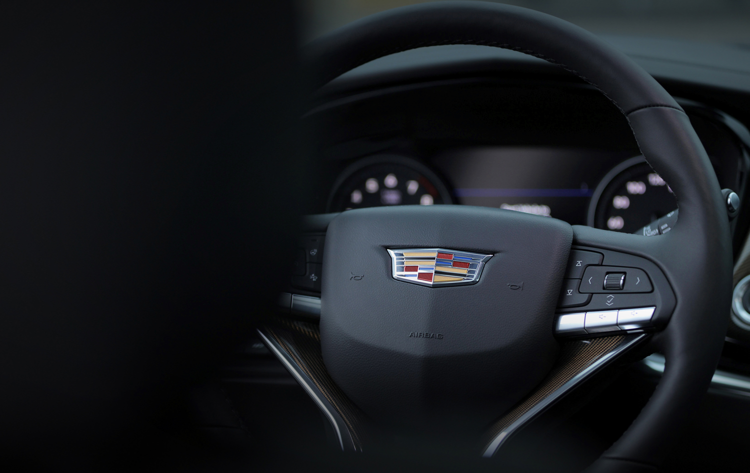 2020 Cadillac XT6 steering wheel
