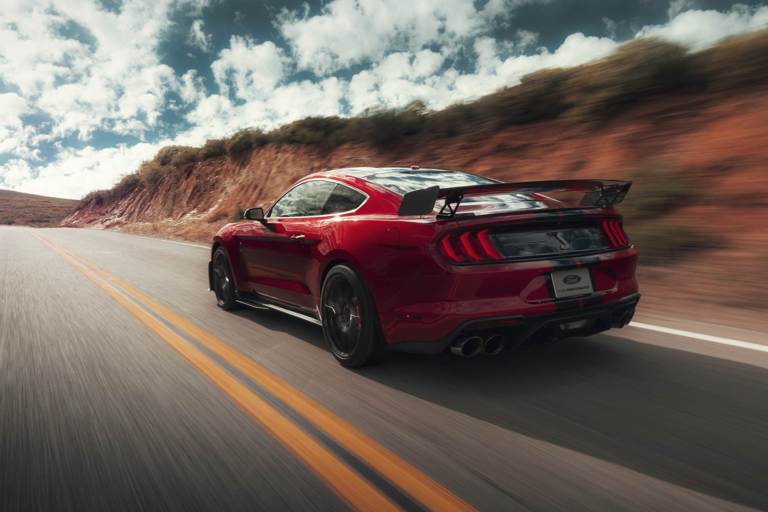 2020 Mustang Shelby GT500 driving rear 3/4