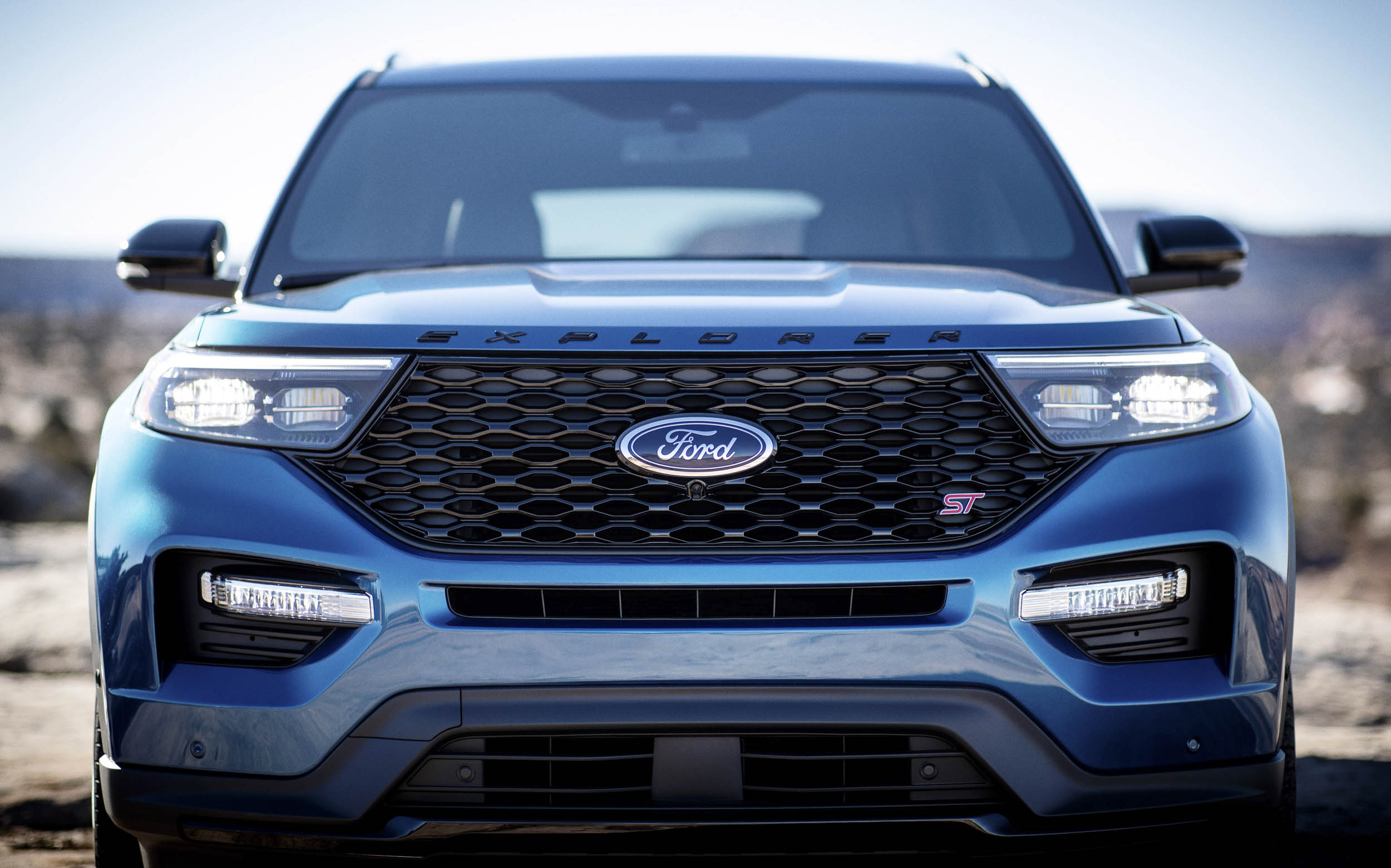 2020 Ford Explorer ST driving