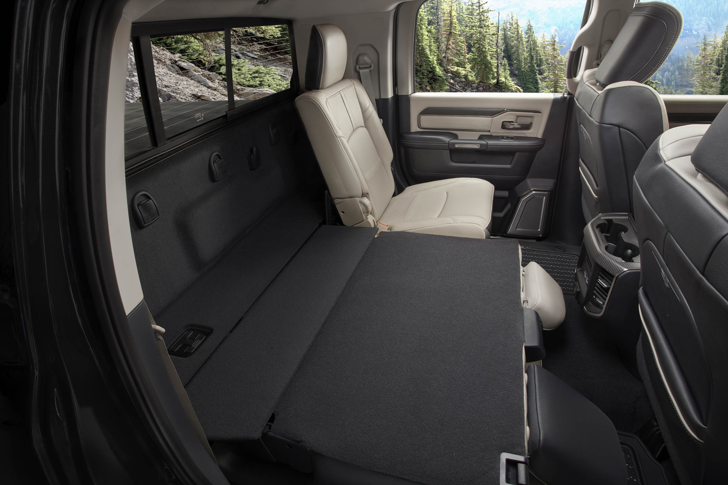 2019 RAM 2500 limited back seat