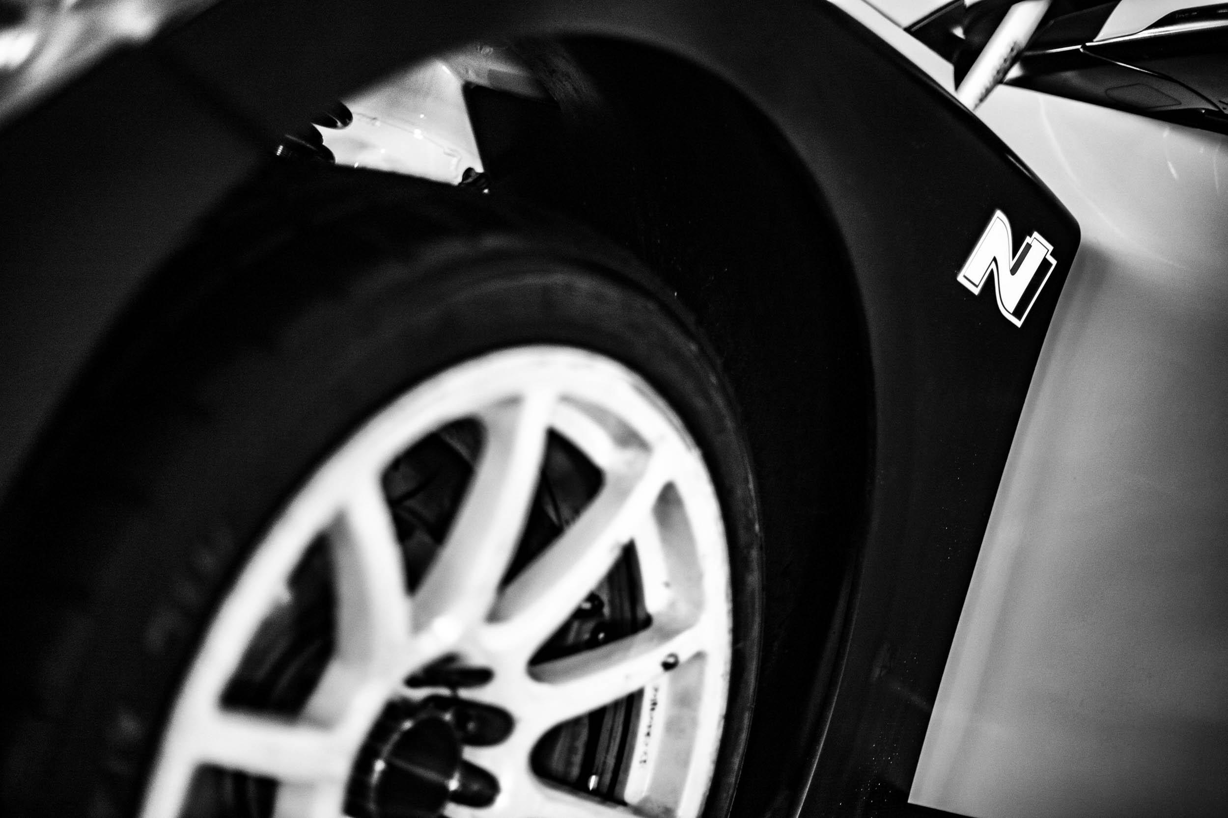 Hyundai Veloster N TCR wheel detail