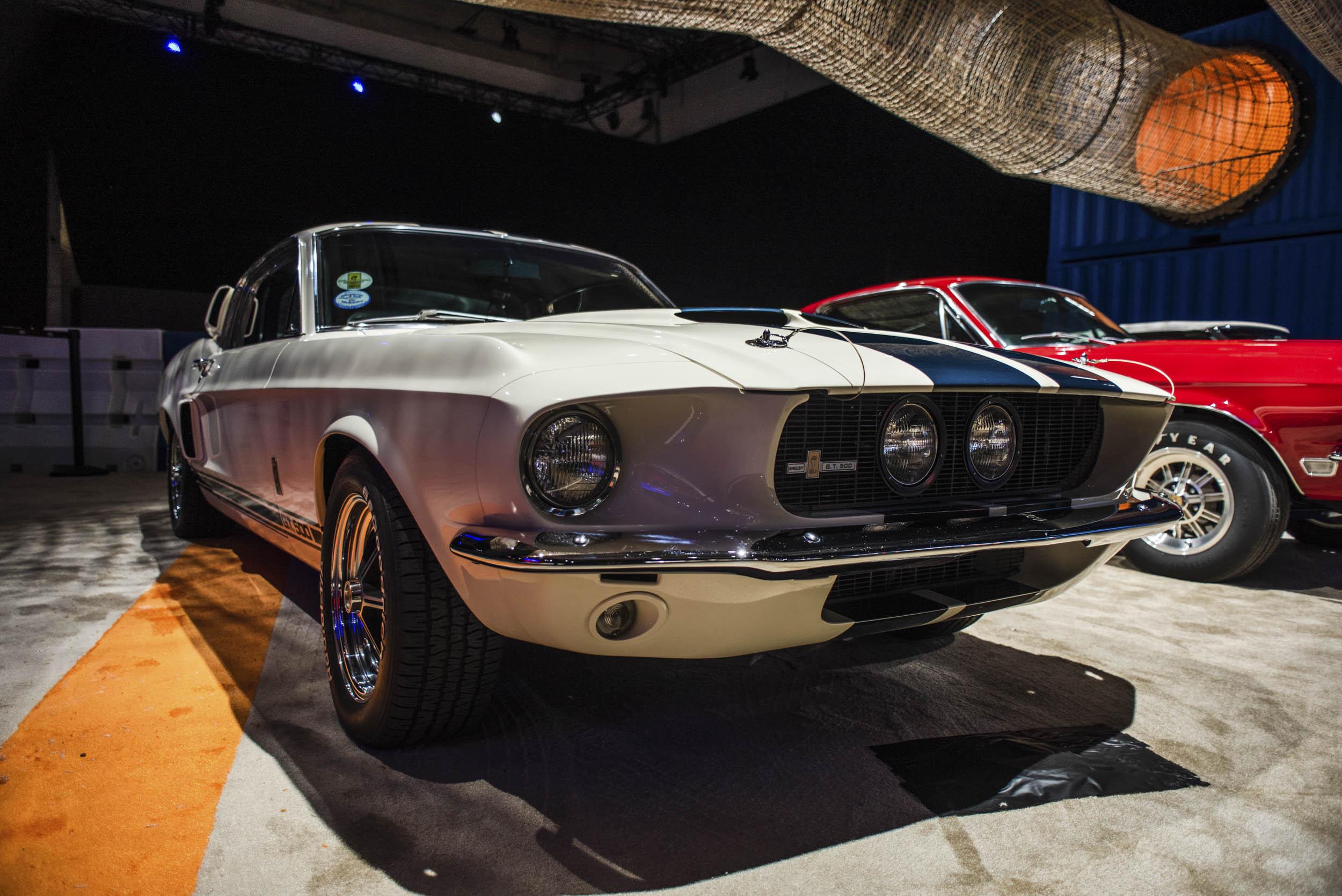 Vintage GT500 front 3/4