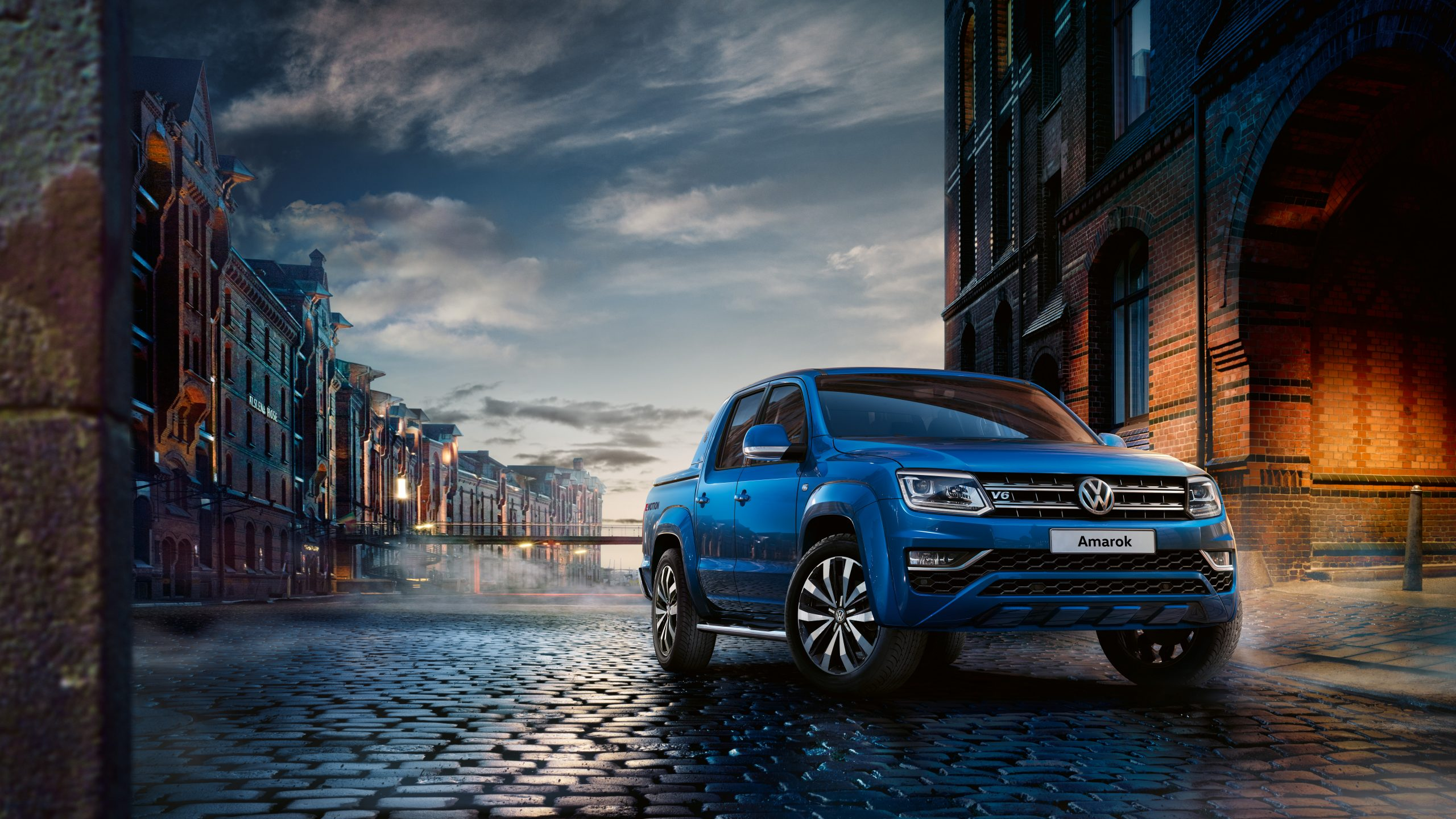 Volkswagen Amarok front 3/4