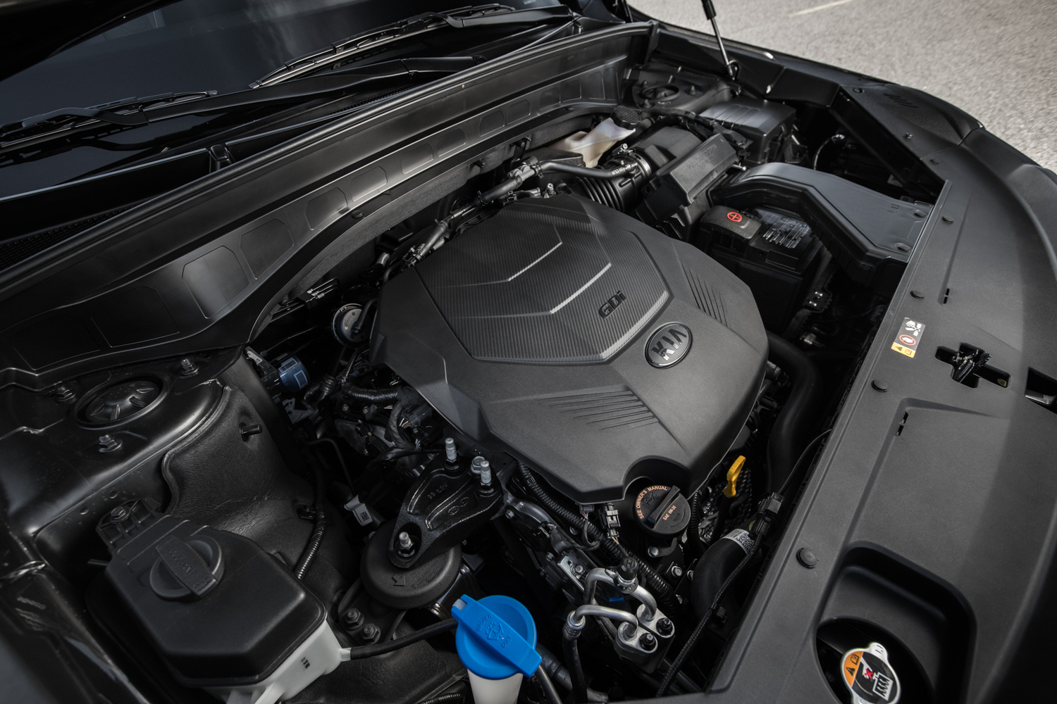 2020 Kia Telluride 3/4 engine