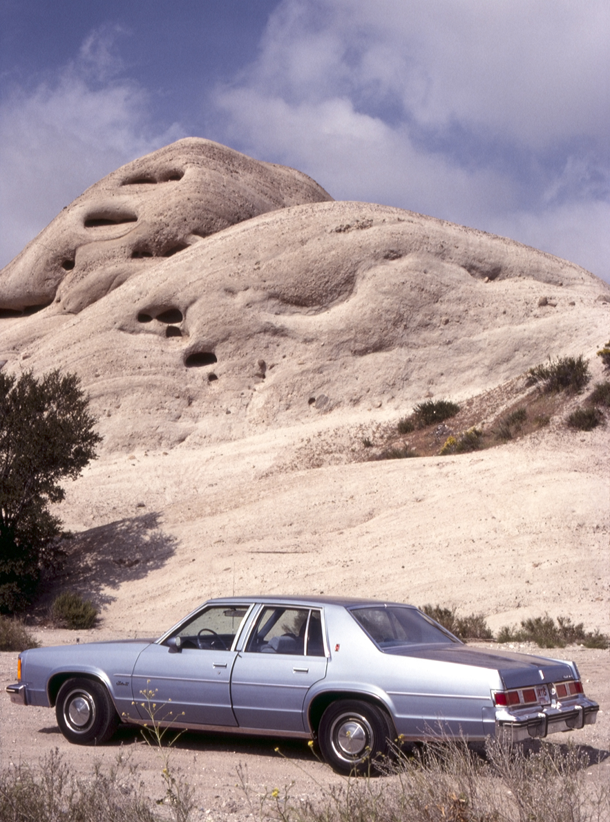 Oldsmobile Delta 88 at Mormon Rocks