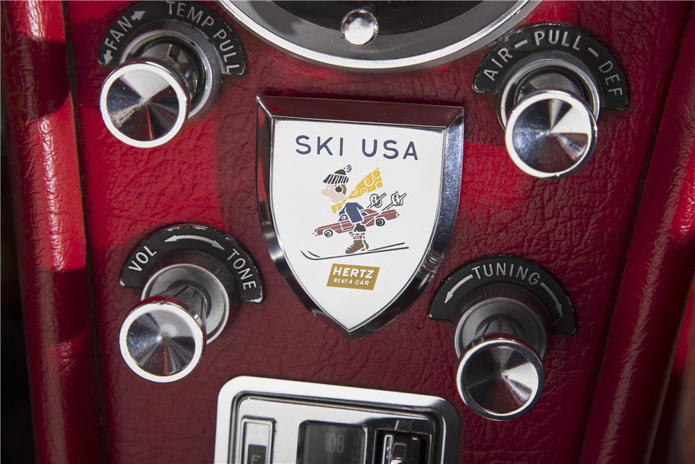 1963 Chevrolet Corvette Split-Window Coupe Ski USA Hertz badge