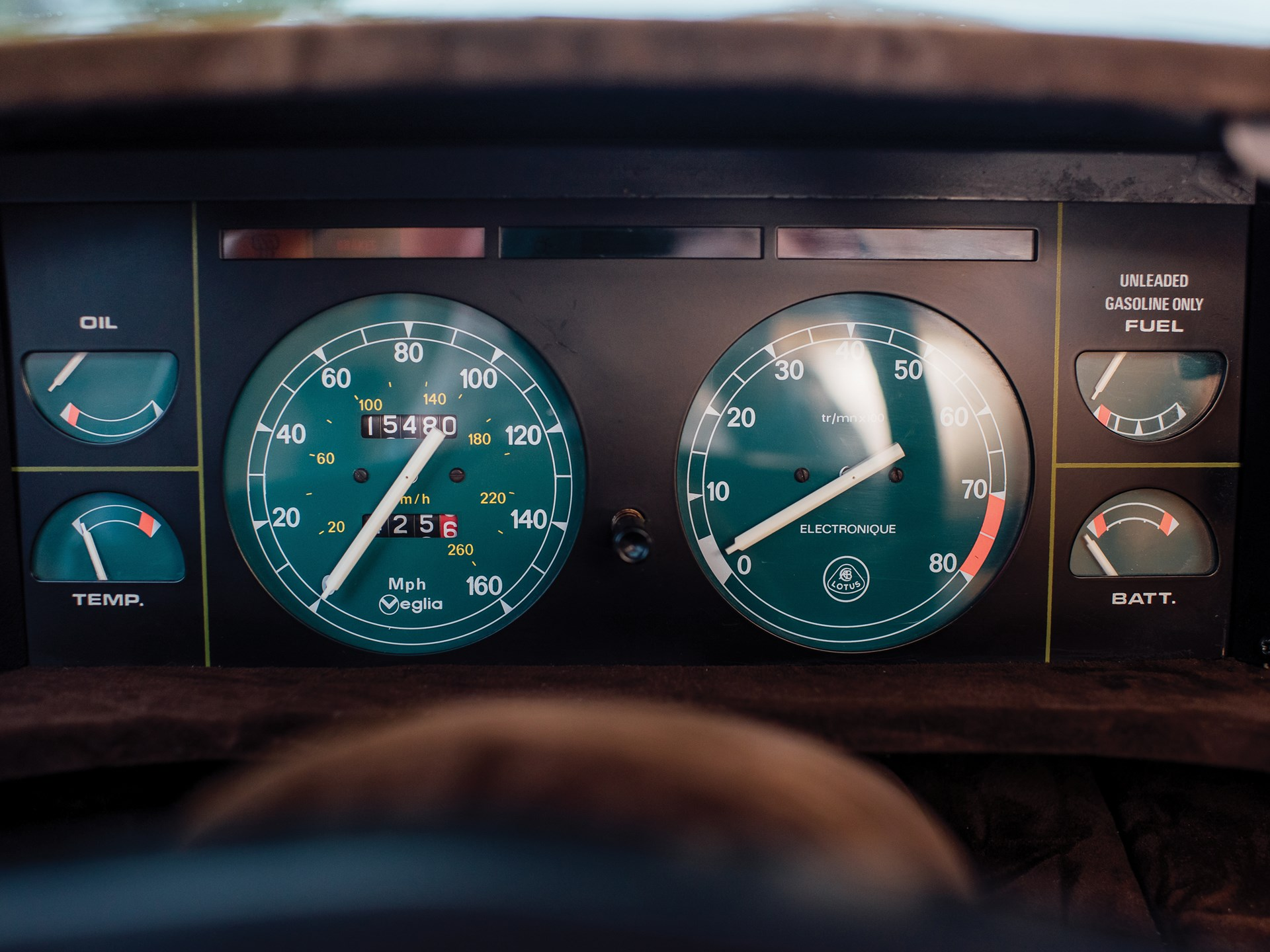 1977 Lotus Esprit Series 1 gauges