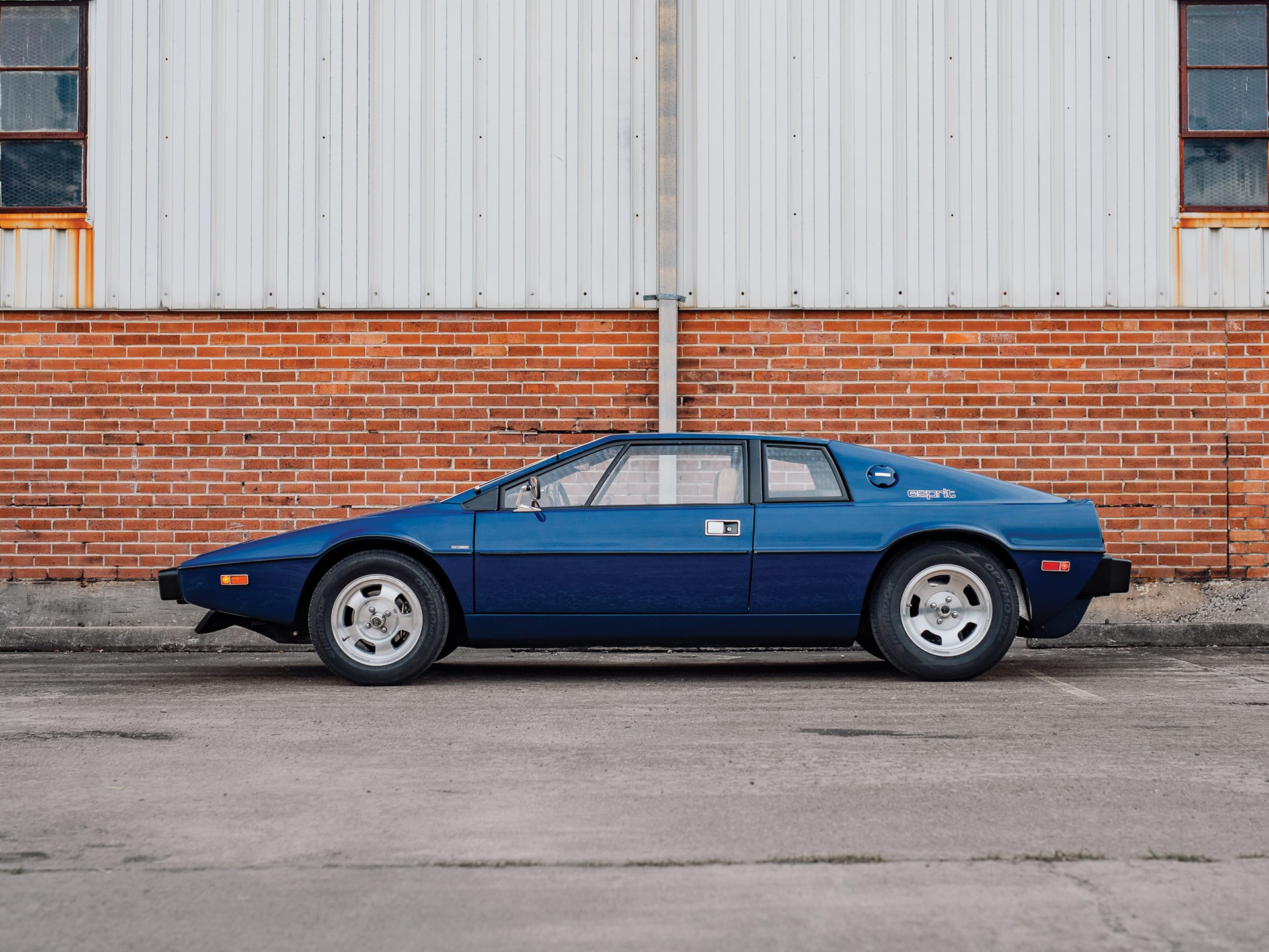 1977 Lotus Esprit Series 1 drivers side
