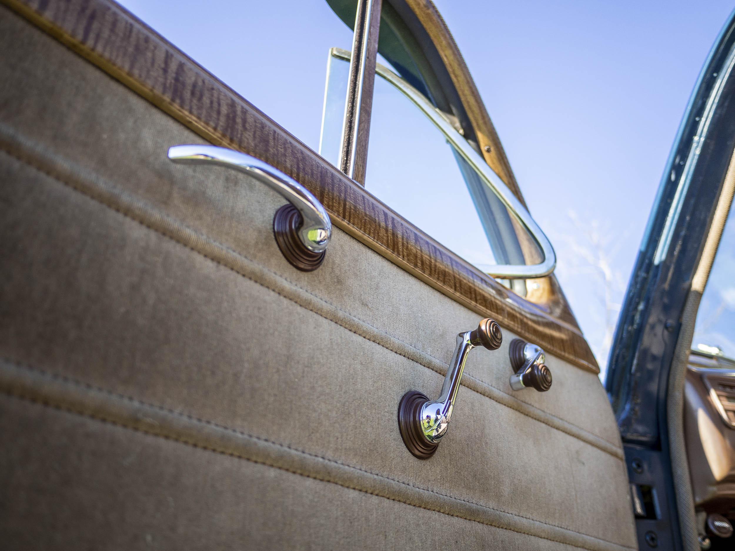 1941 Chevrolet Master Deluxe door detail