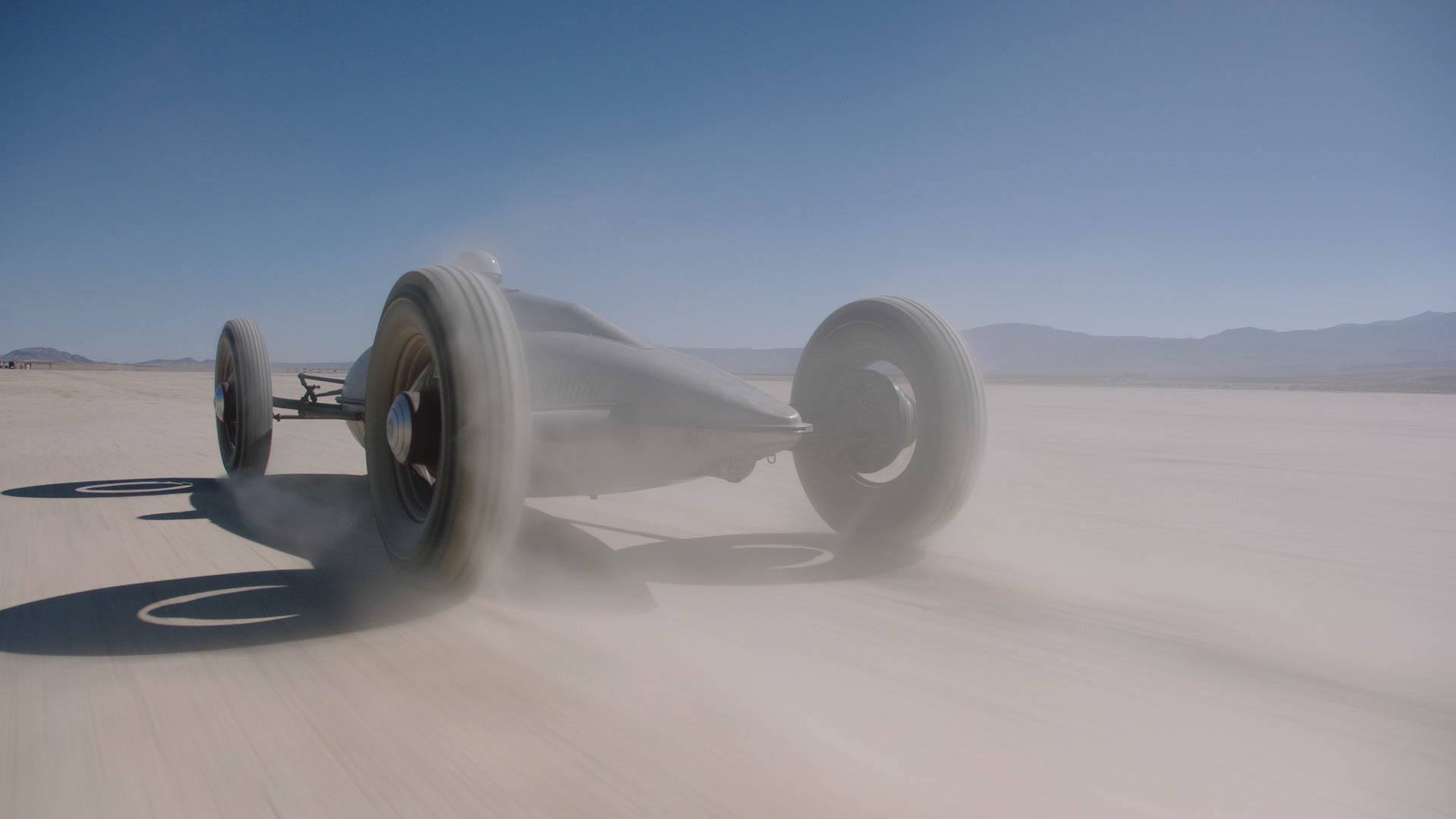 1949 Belly Tank Lakester racing in the desert