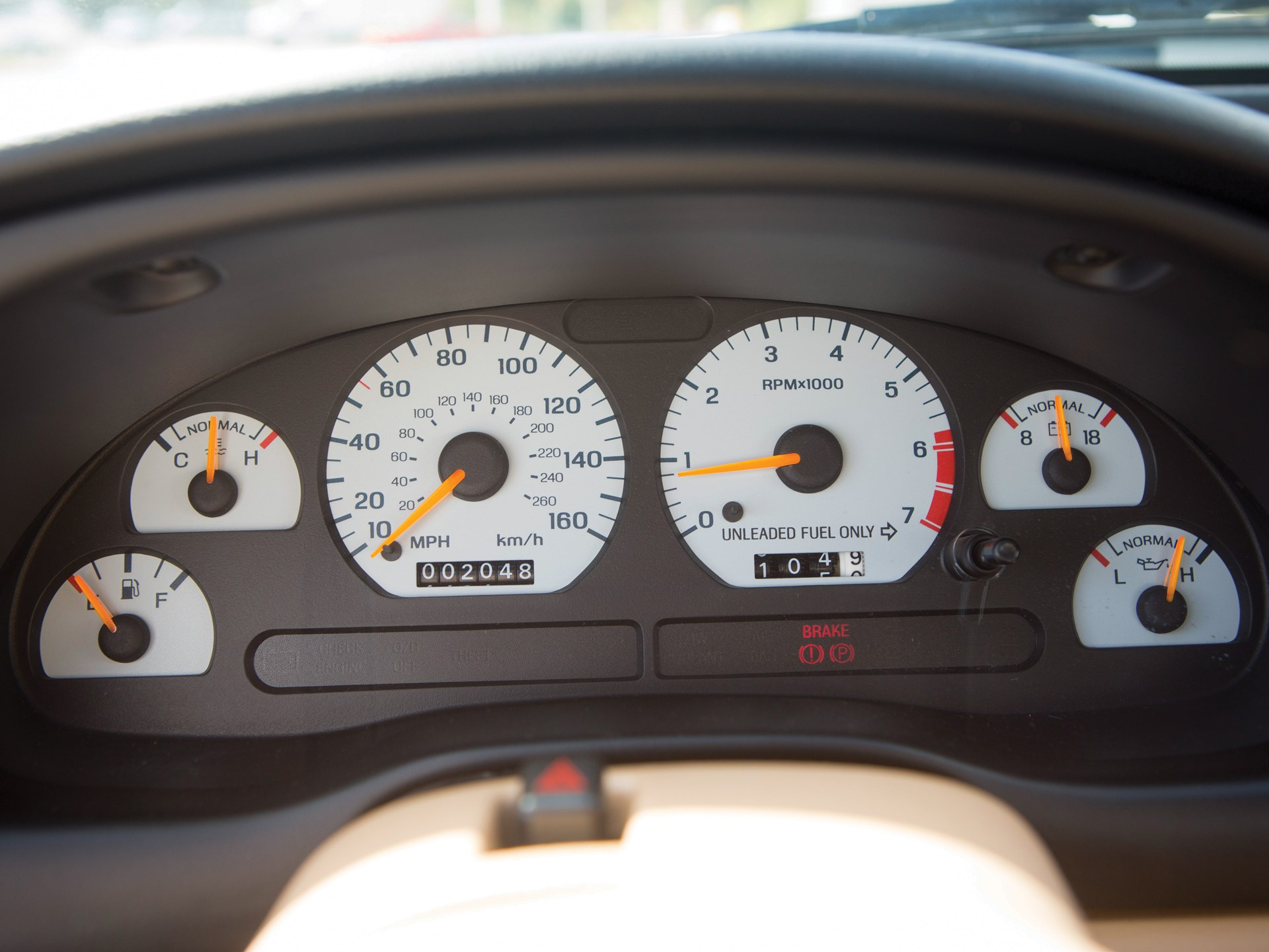 1995 Ford Mustang SVT Cobra R gauges
