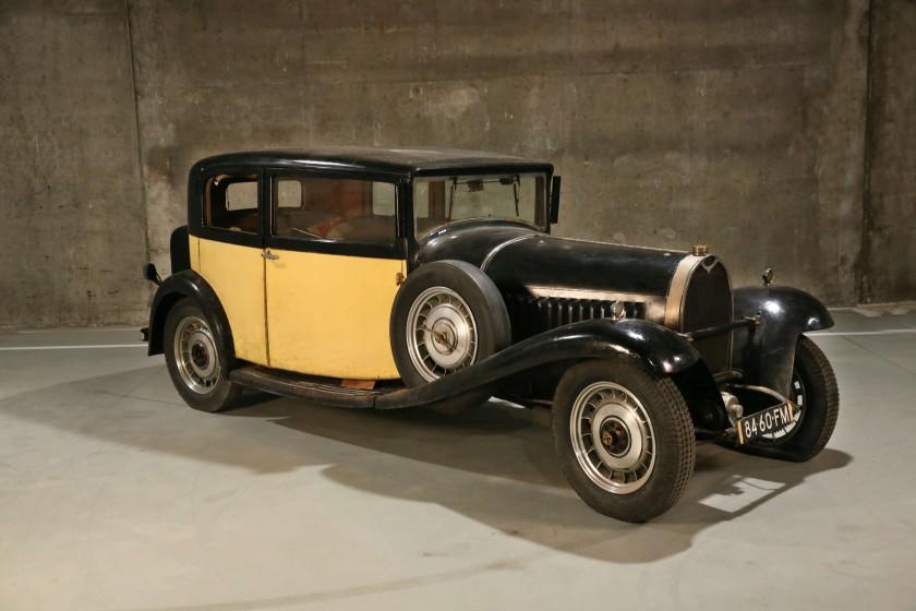 1932 Bugatti Type 49 Berline 2/4 portes Vanvooren front 3/4