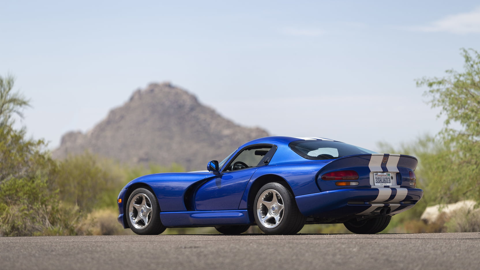 1996 Dodge Viper GTS 3/4 rear mountain low