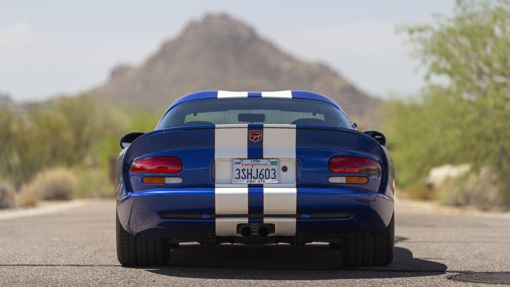 1996 Dodge Viper GTS rear