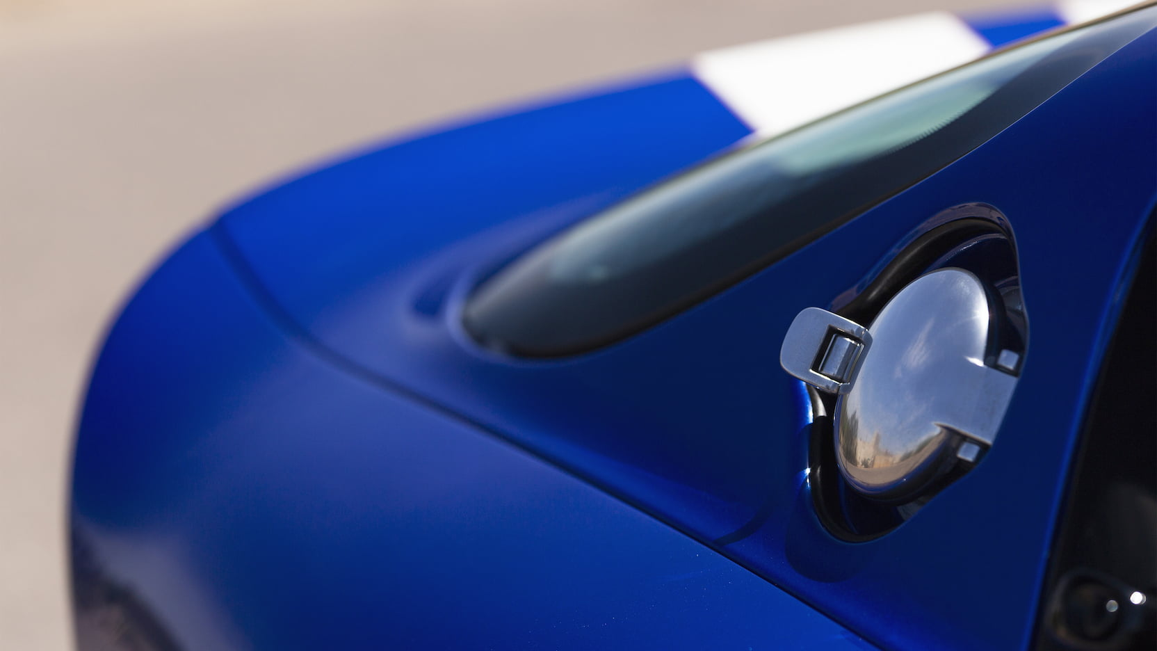 1996 Dodge Viper GTS gas cap