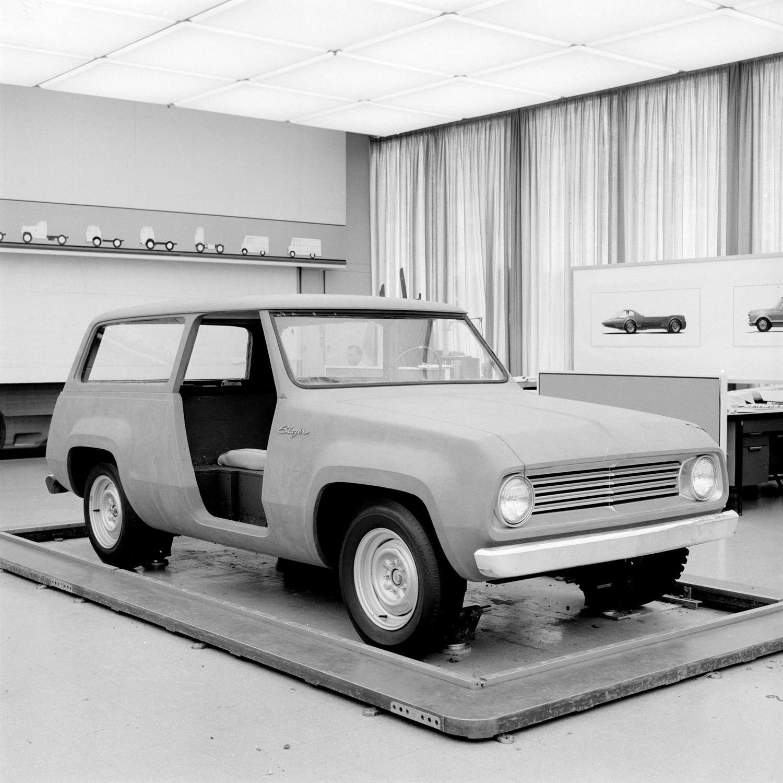 1967 Chevrolet Blazer concept design 3/4 front
