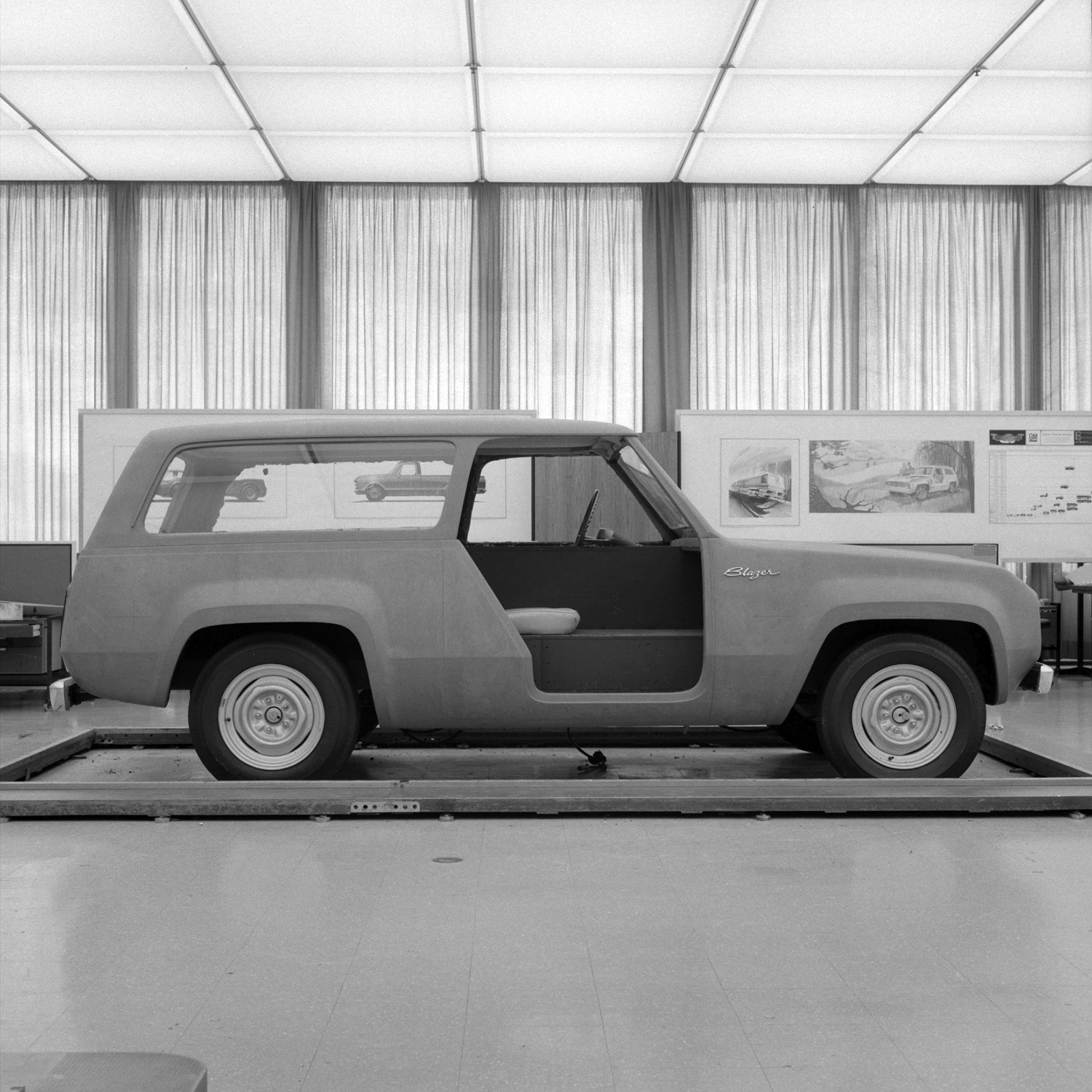 1967 Chevrolet Blazer concept design side profile open door