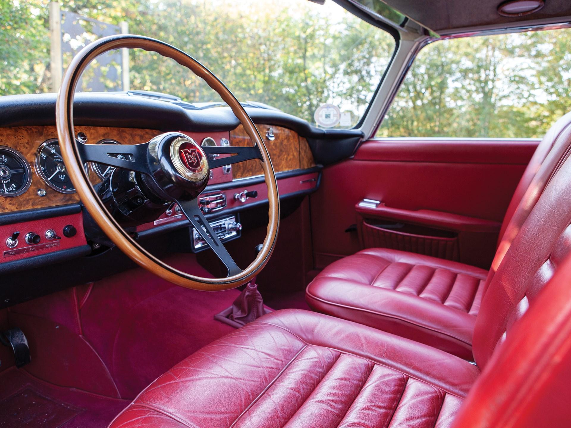 1962 Aston Martin Lagonda Rapide interior