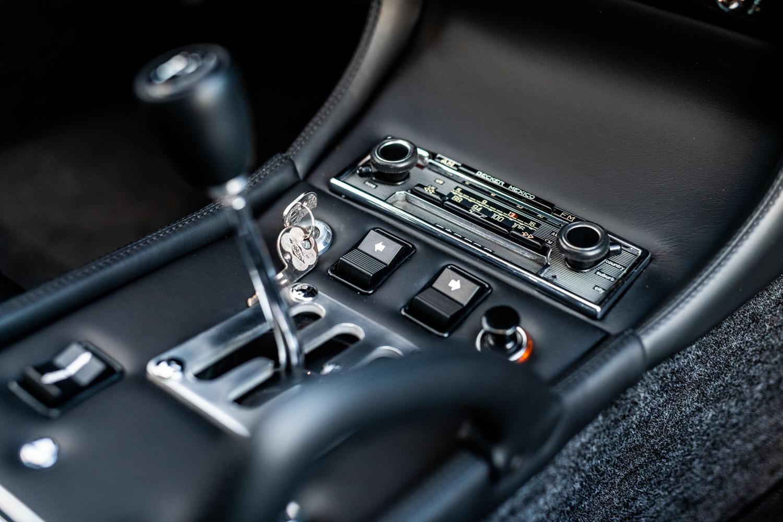 1972 Lamborghini Miura SV gear shift