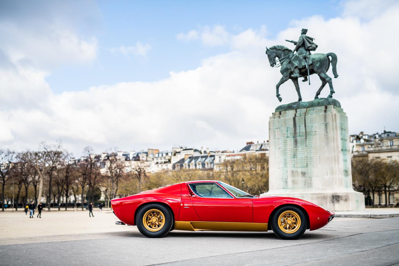 1972 Lamborghini Miura SV side profile