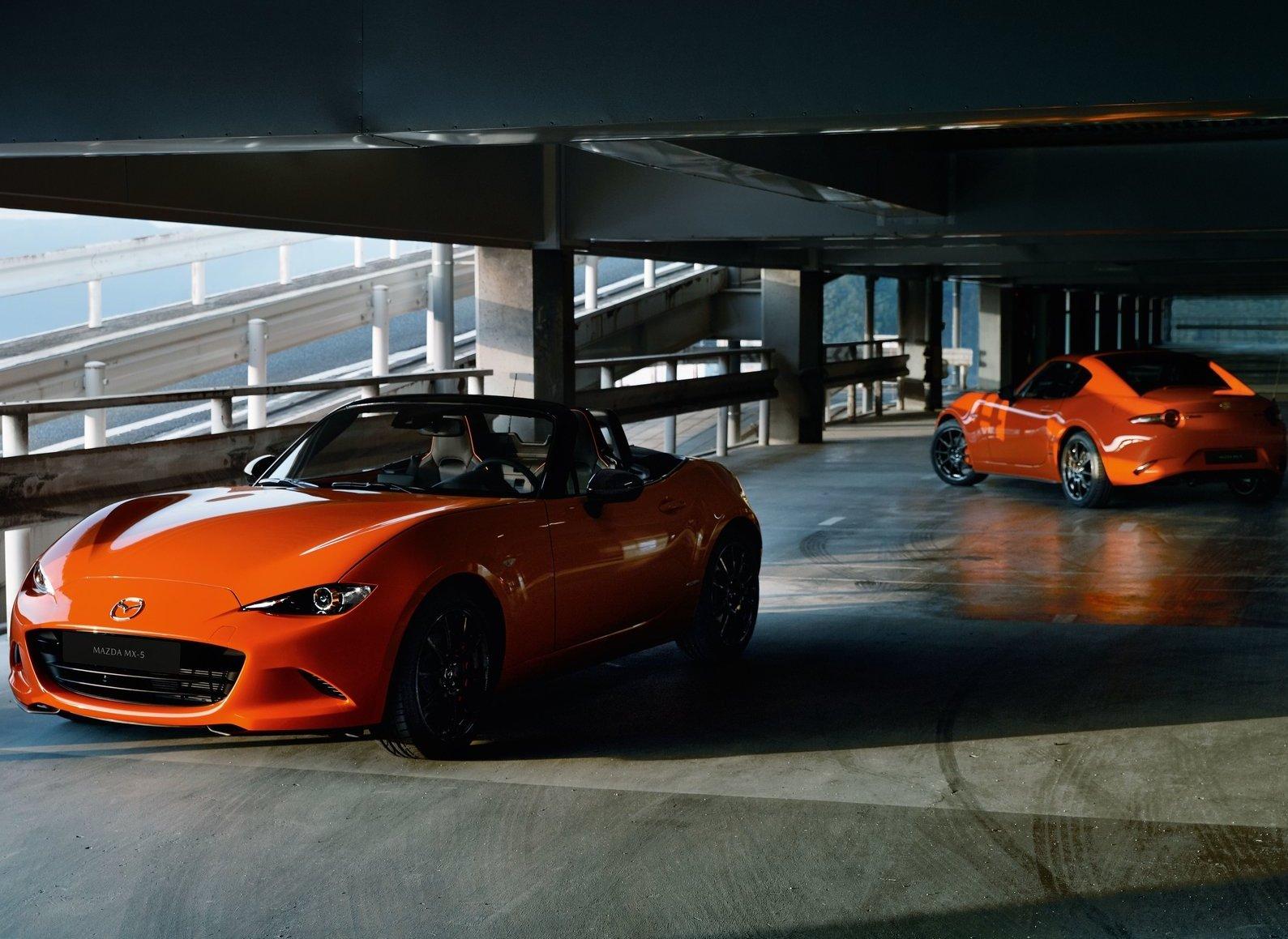 2019 Mazda MX-5 Miata 30th Anniversary Edition parking garage