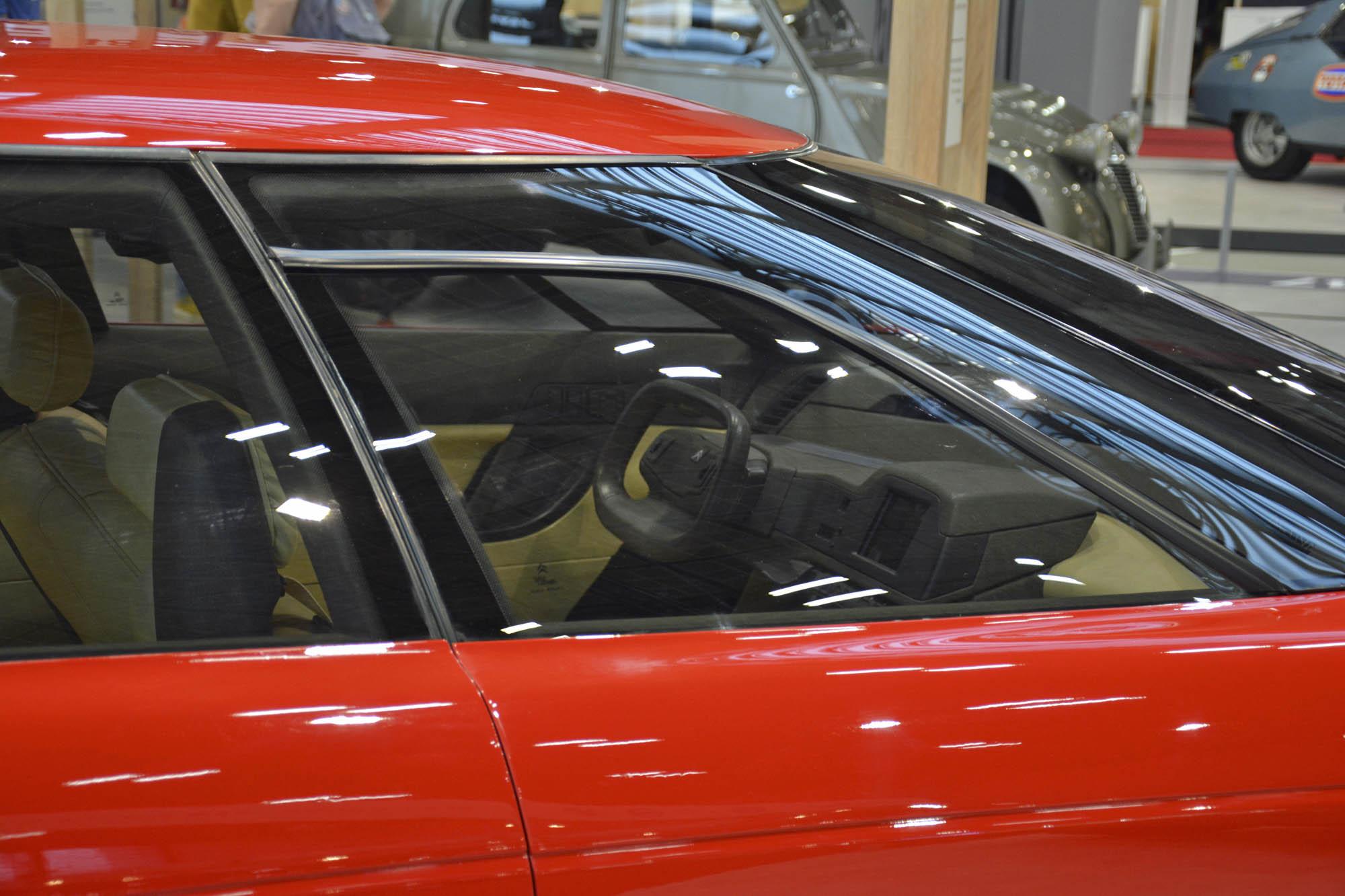 Citroën Activa 1 concept steering wheel