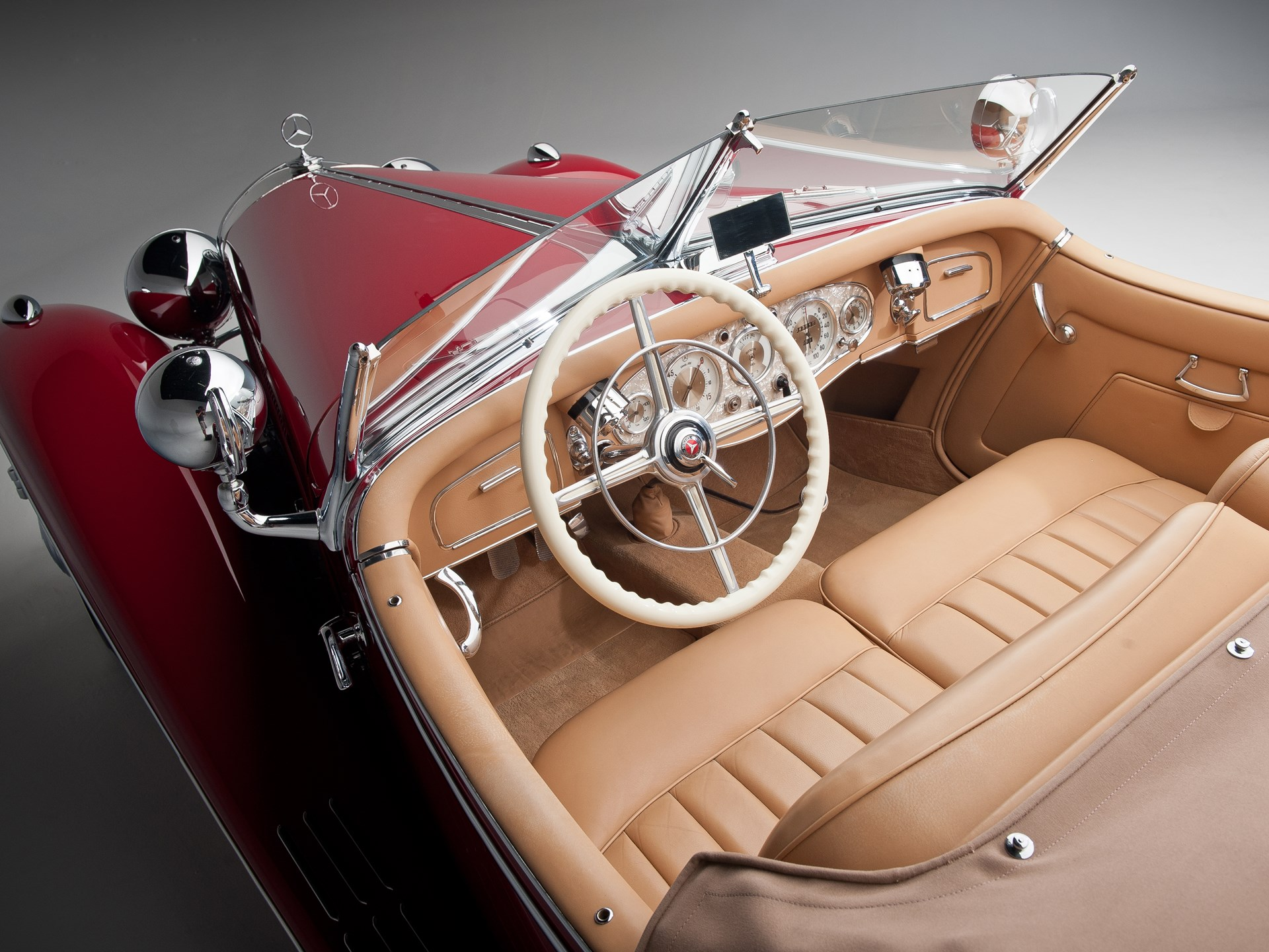 1935 Mercedes-Benz 500k interior
