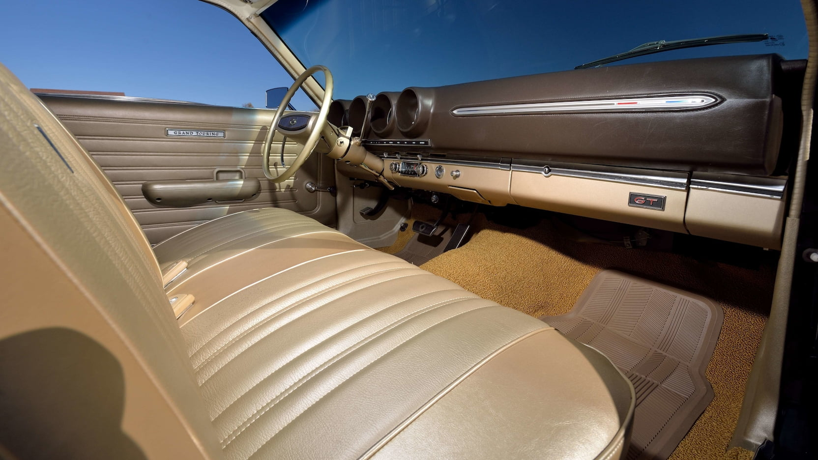 1968 Ford Torino GT bench seat