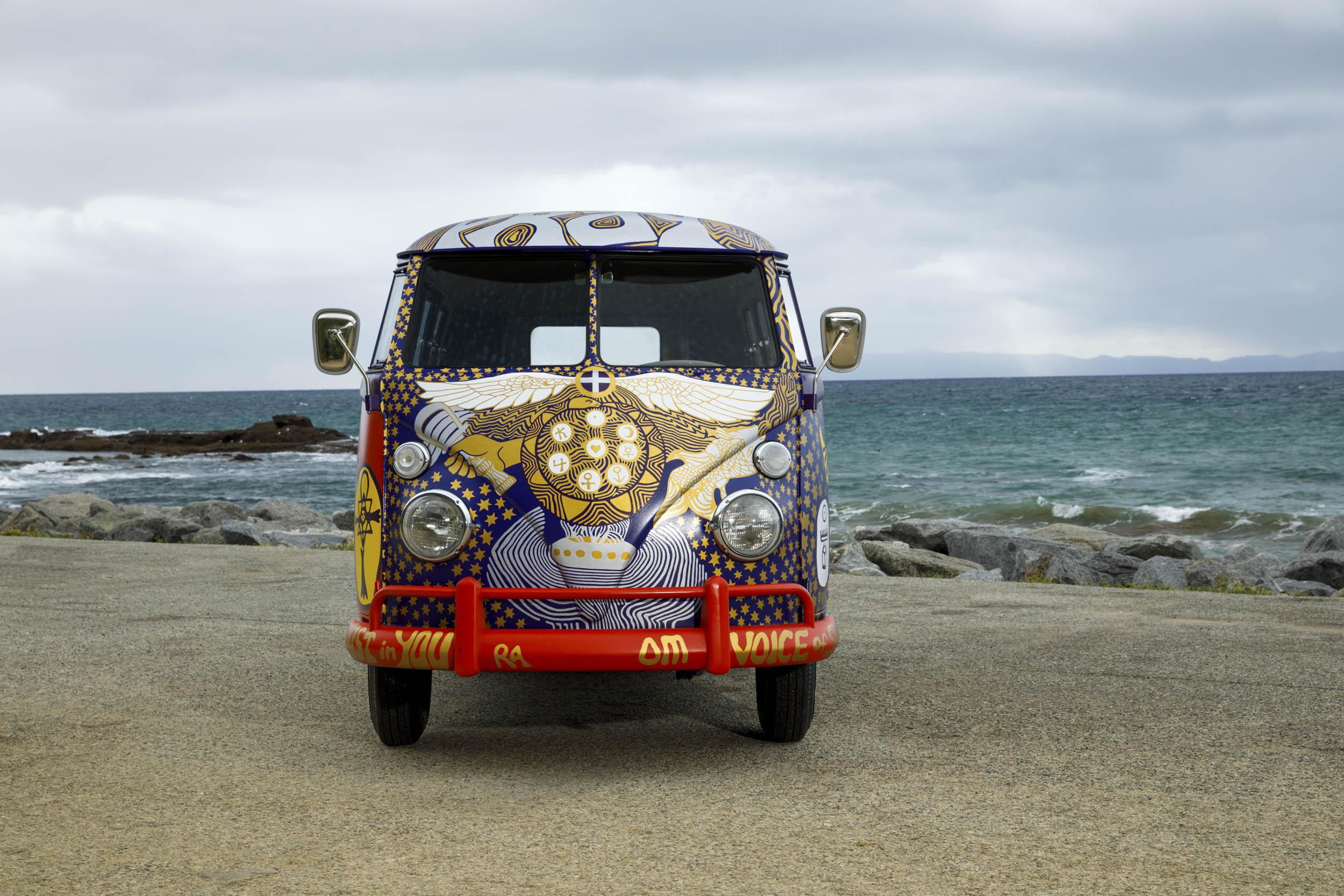 Volkswagen Type 2 'Light' bus nose
