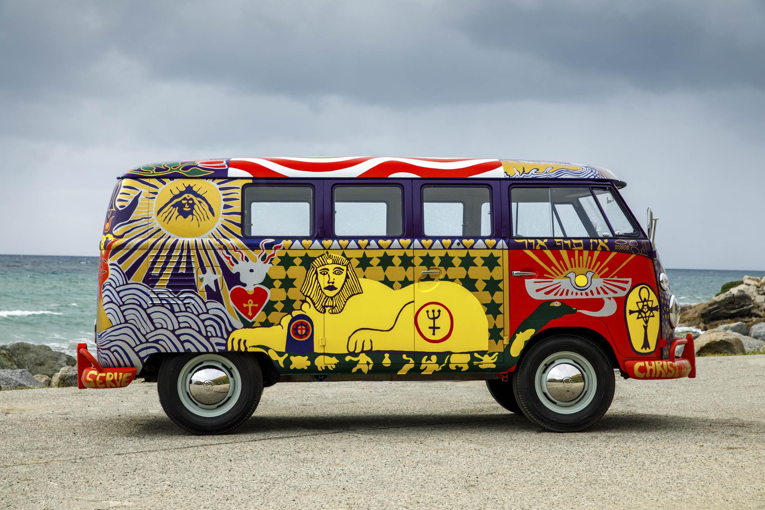Volkswagen Type 2 'Light' bus passenger profile