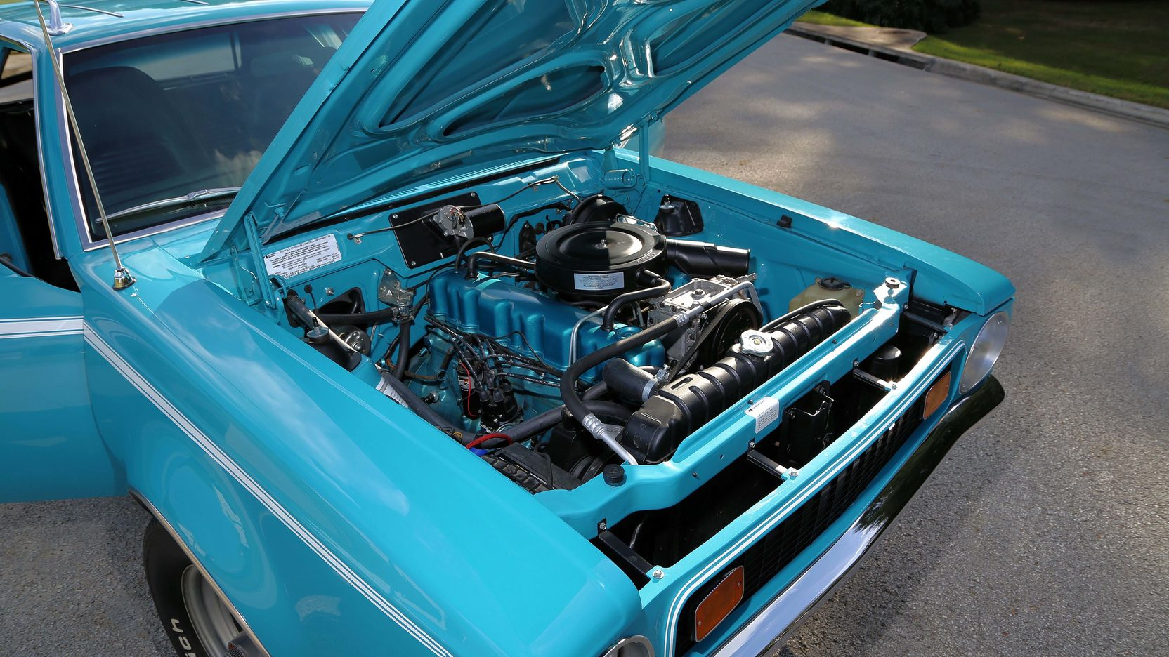 1972 AMC Gremlin X engine