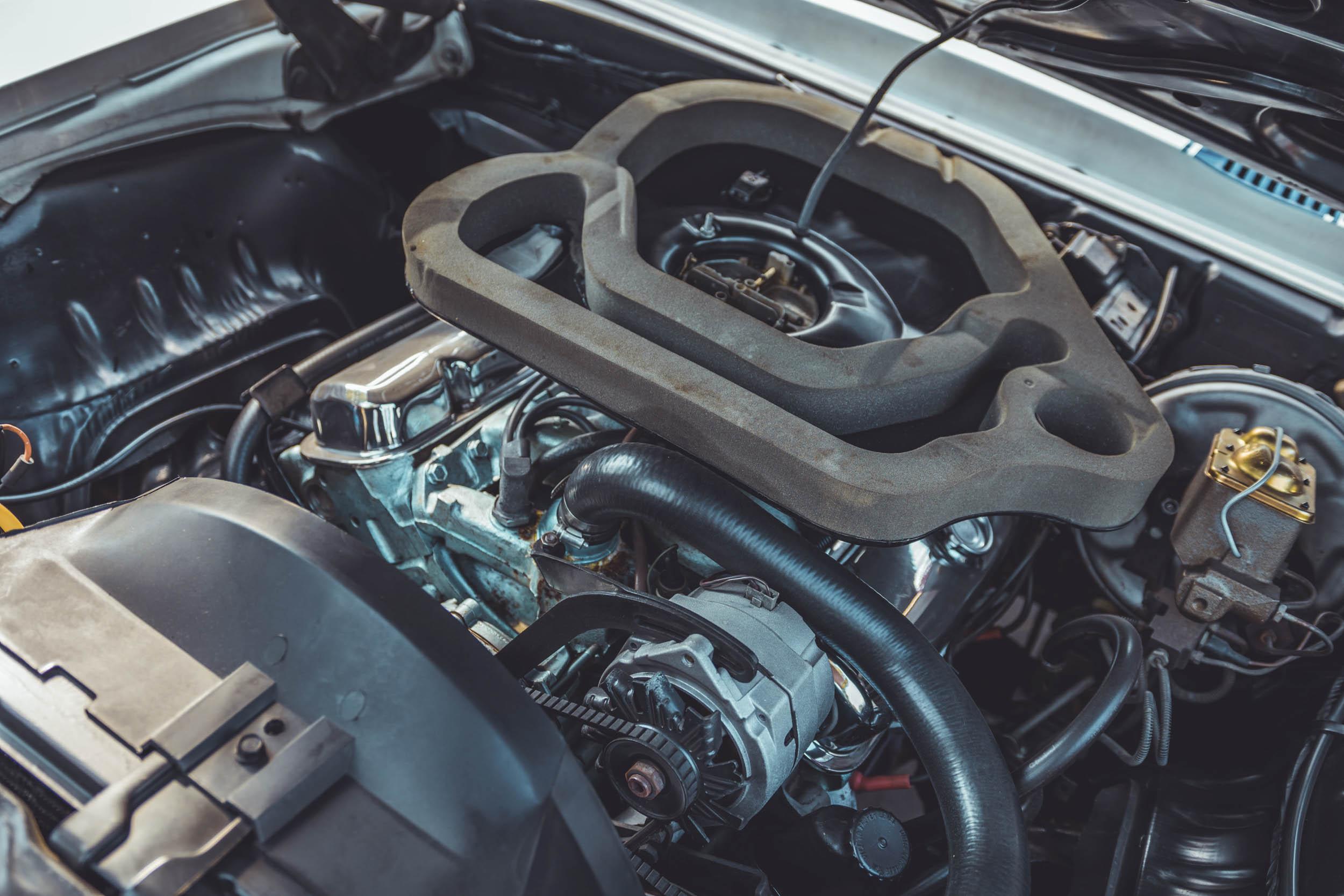 Pontiac Trans Am engine