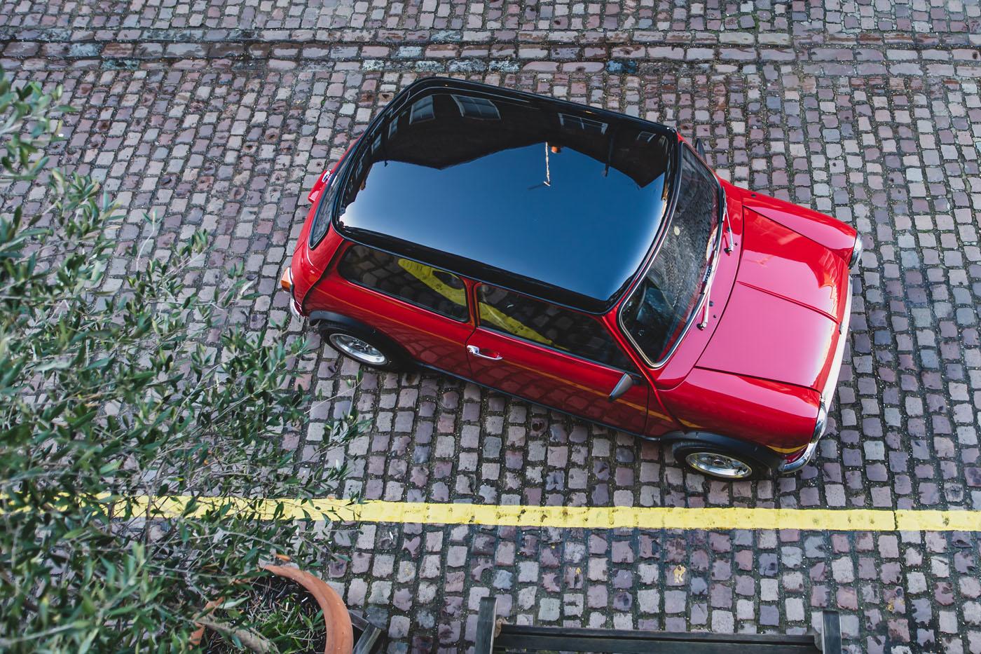 E Classic Mini overhead