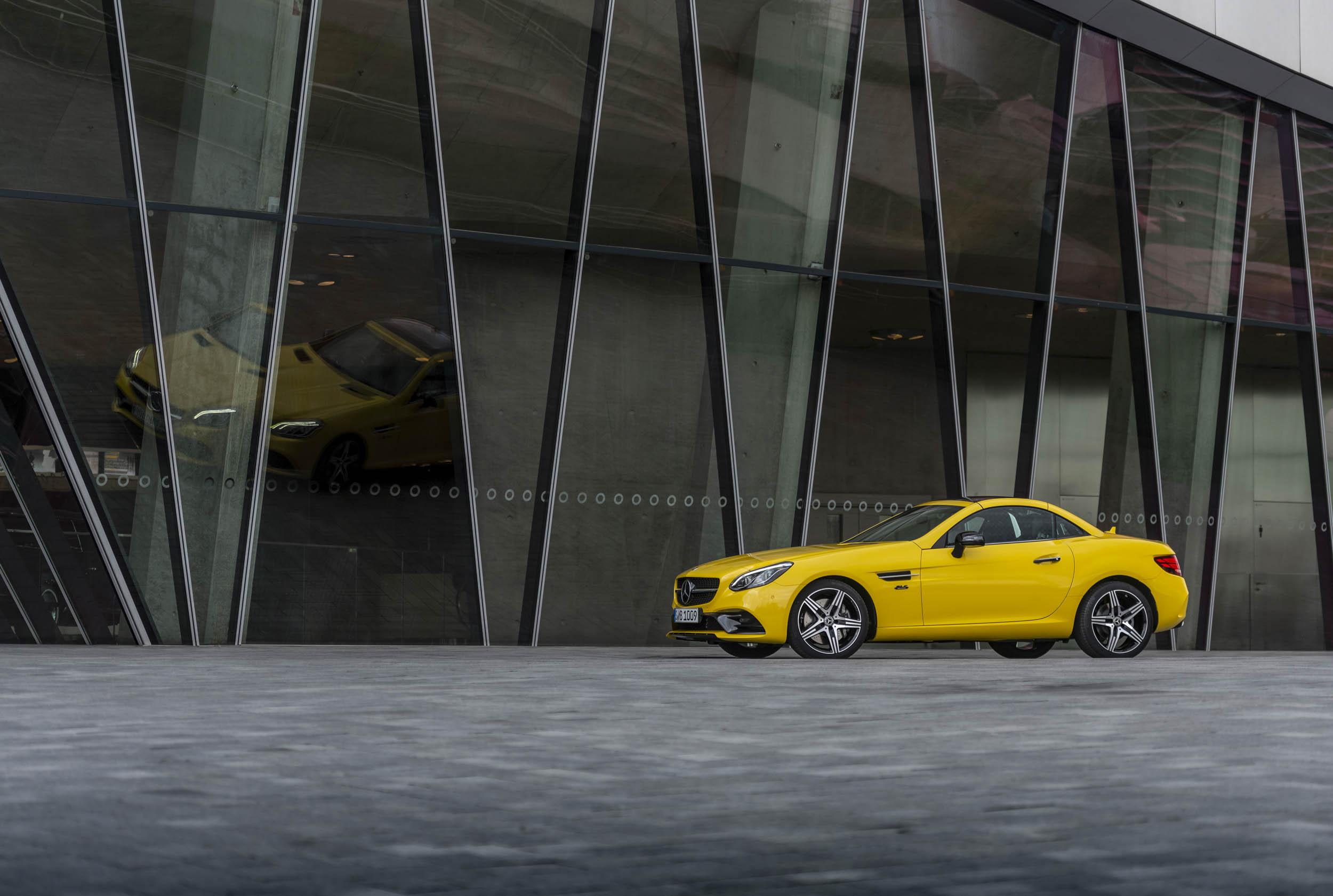 2020 Mercedes-Benz SLC Final Edition profile