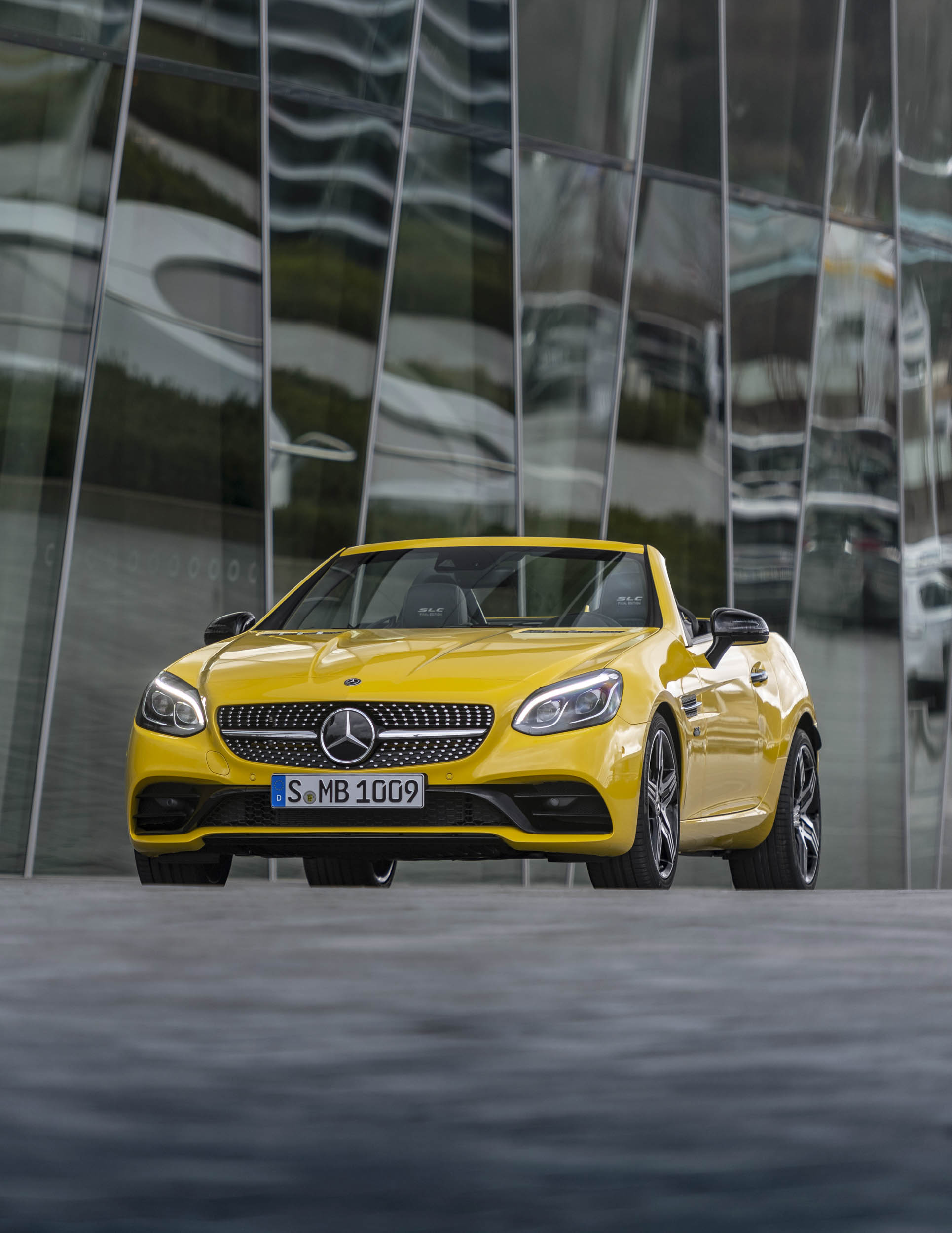 2020 Mercedes-Benz SLC Final Edition front