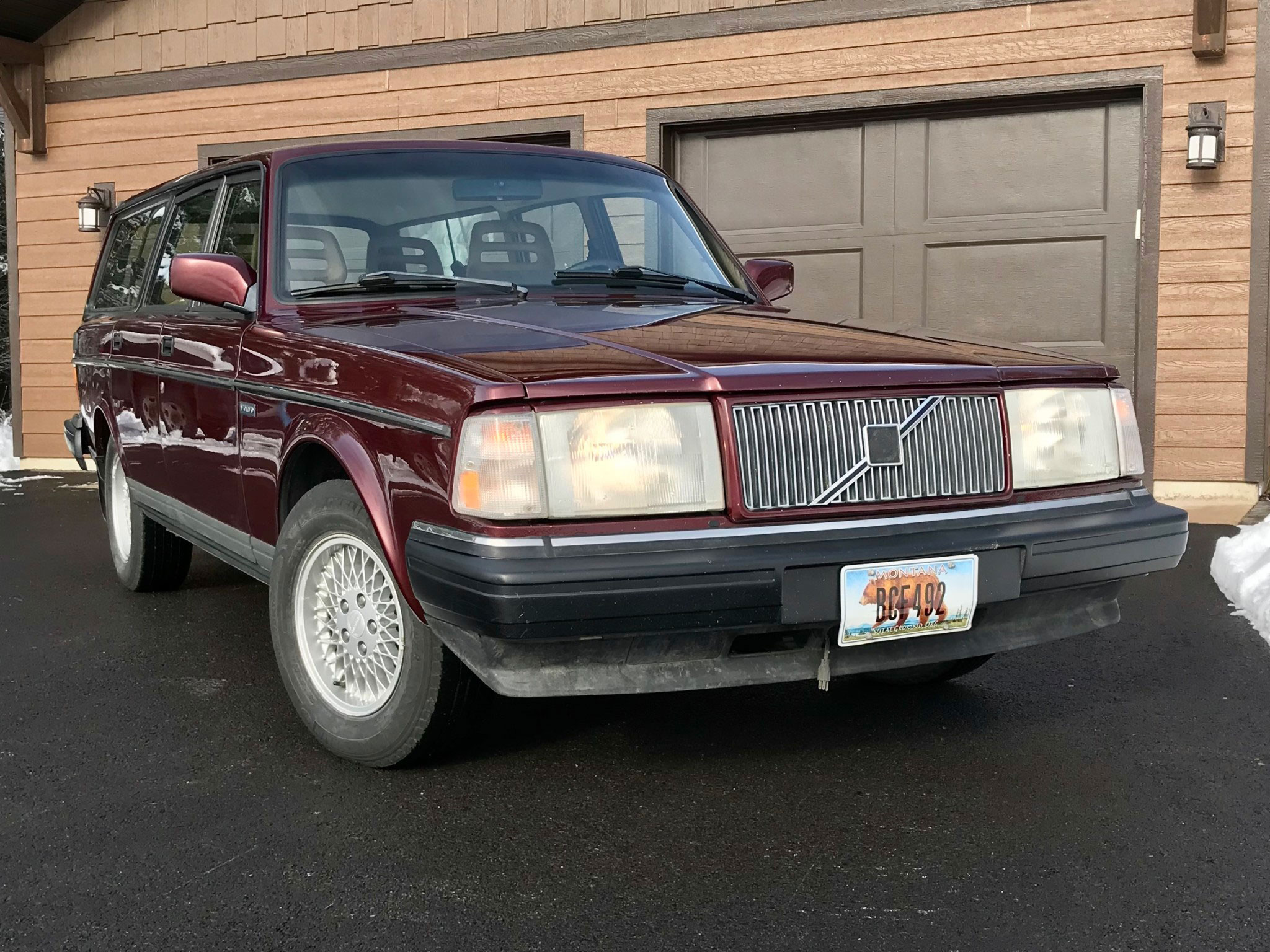 1993 Volvo 240 Classic LE Wagon low front 3/4