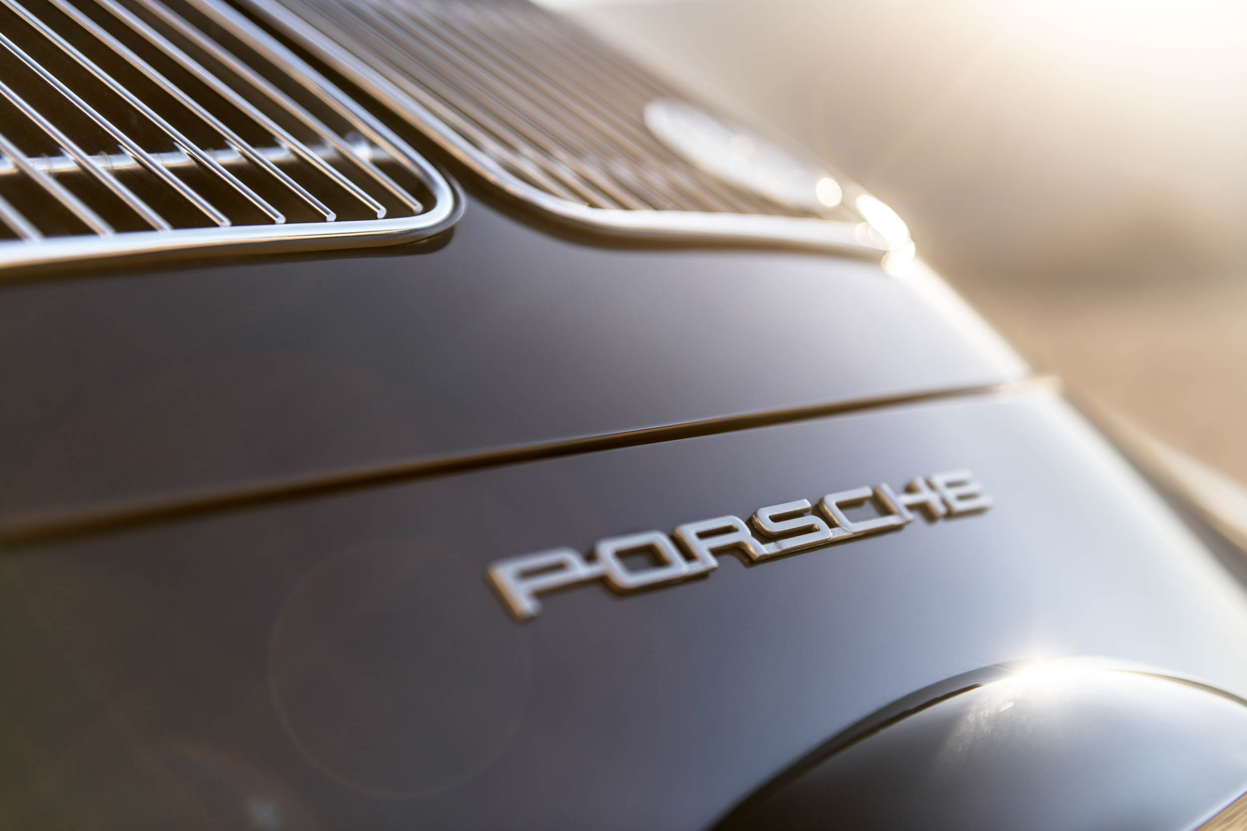 Emory Porsche 356 C4S Allrad Porsche badge